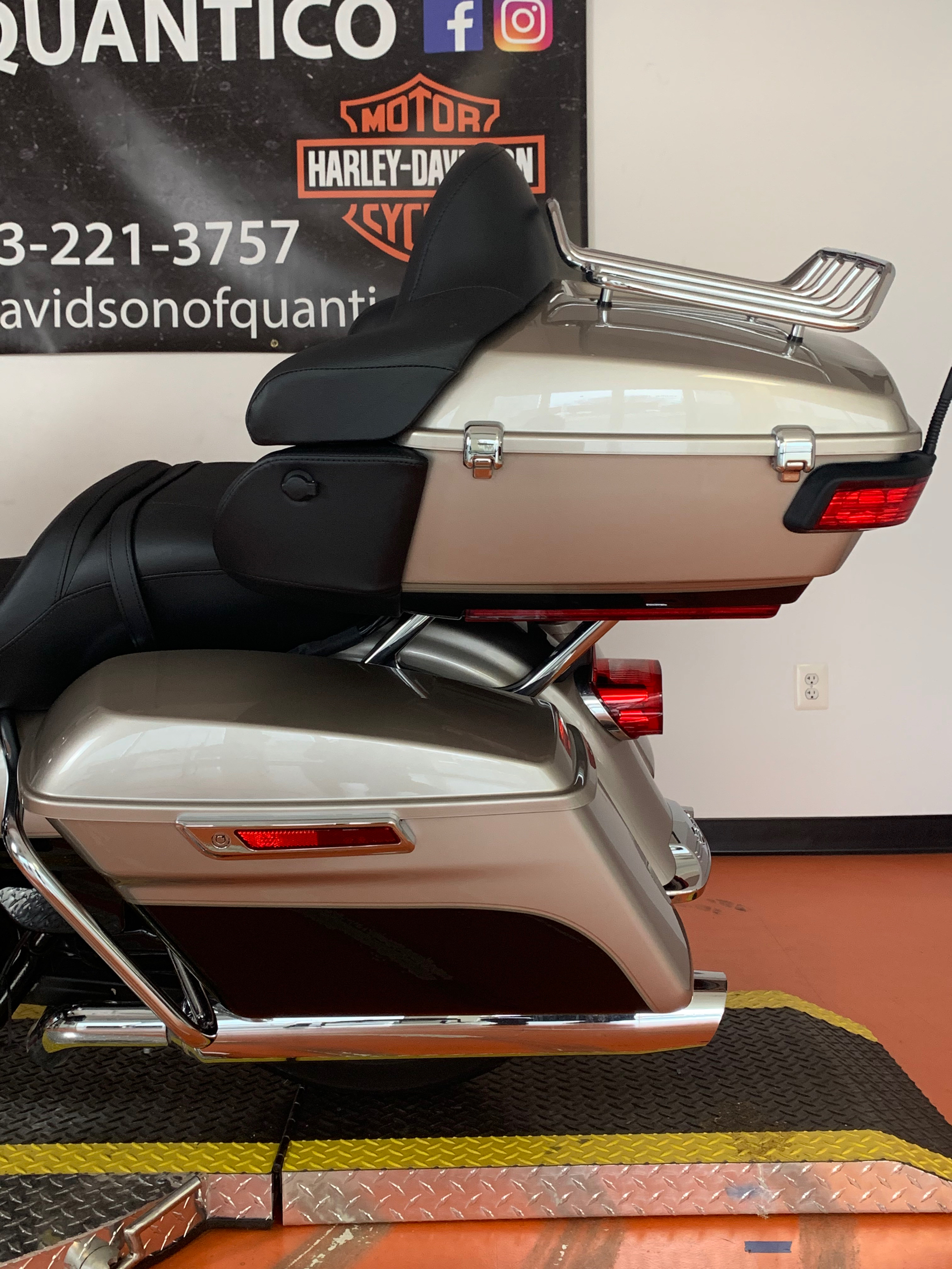2018 Harley-Davidson Road Glide® Ultra in Dumfries, Virginia - Photo 20