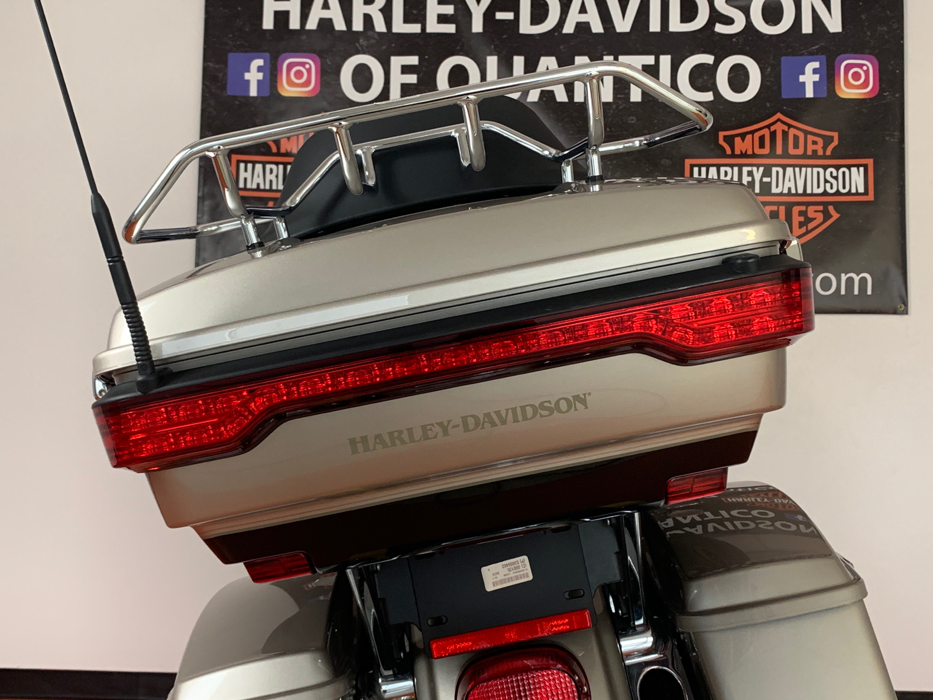 2018 Harley-Davidson Road Glide® Ultra in Dumfries, Virginia - Photo 24