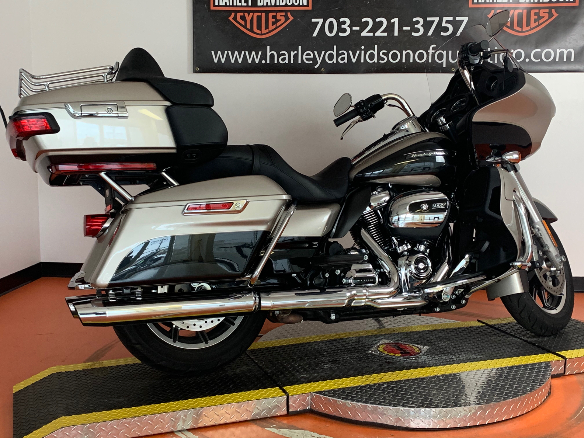 2018 Harley-Davidson Road Glide® Ultra in Dumfries, Virginia - Photo 31