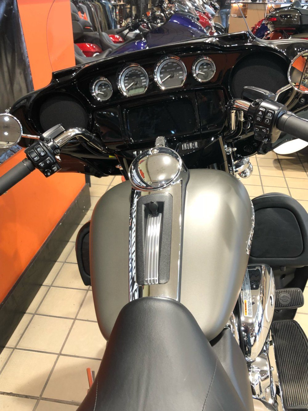 2019 Harley-Davidson Ultra Limited in Dumfries, Virginia - Photo 17