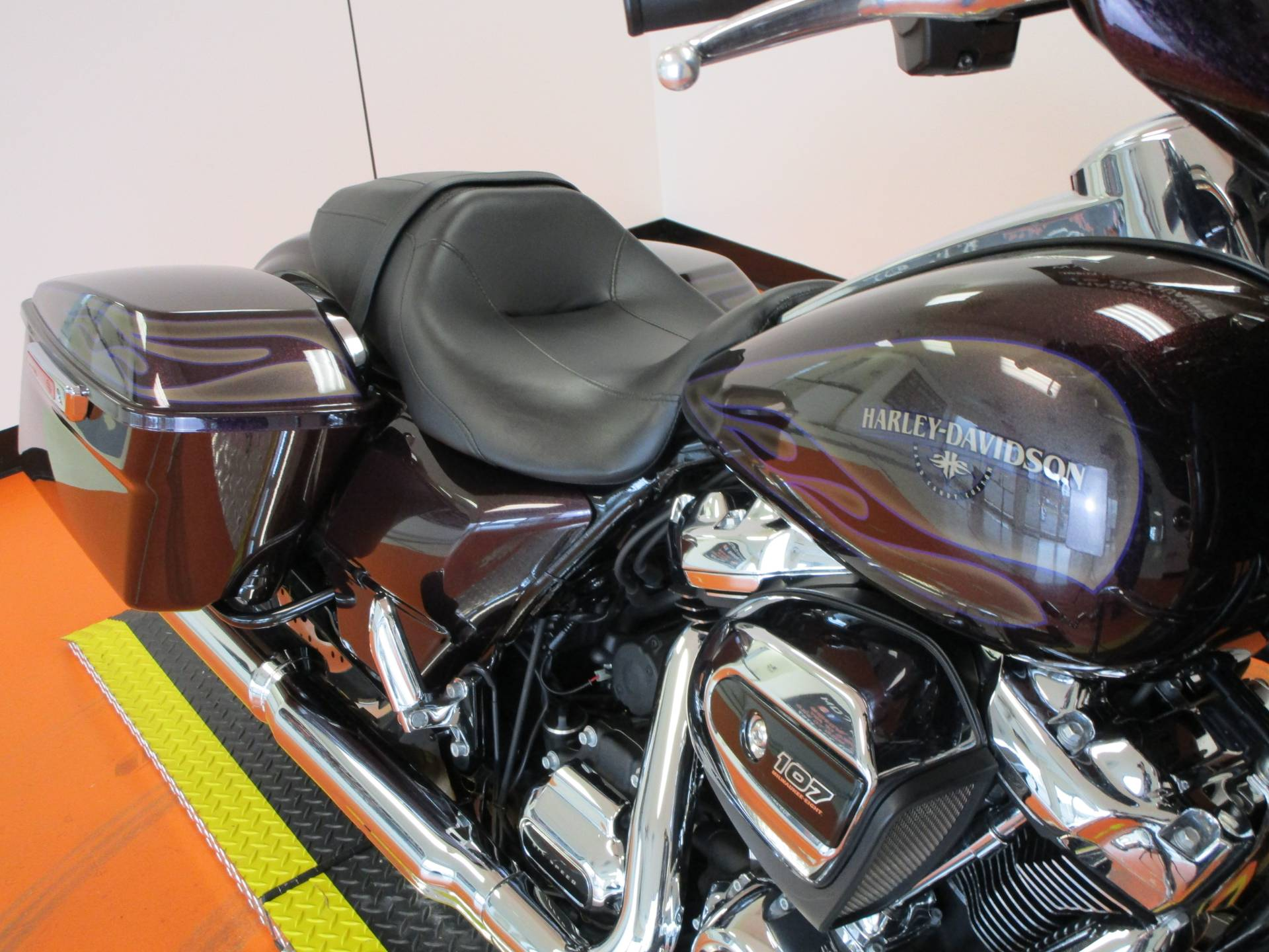 2017 Harley-Davidson Street Glide® Special in Dumfries, Virginia - Photo 2