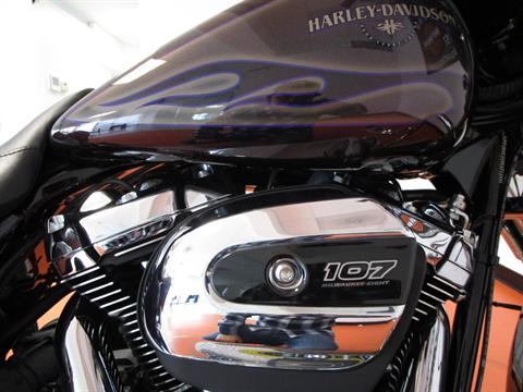 2017 Harley-Davidson Street Glide® Special in Dumfries, Virginia - Photo 17