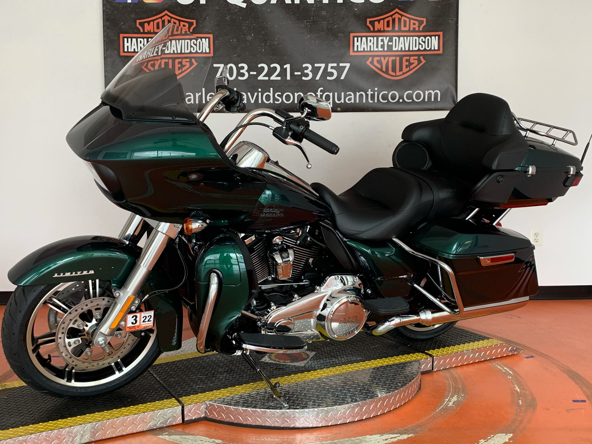 2021 Harley-Davidson Road Glide® Limited in Dumfries, Virginia - Photo 11