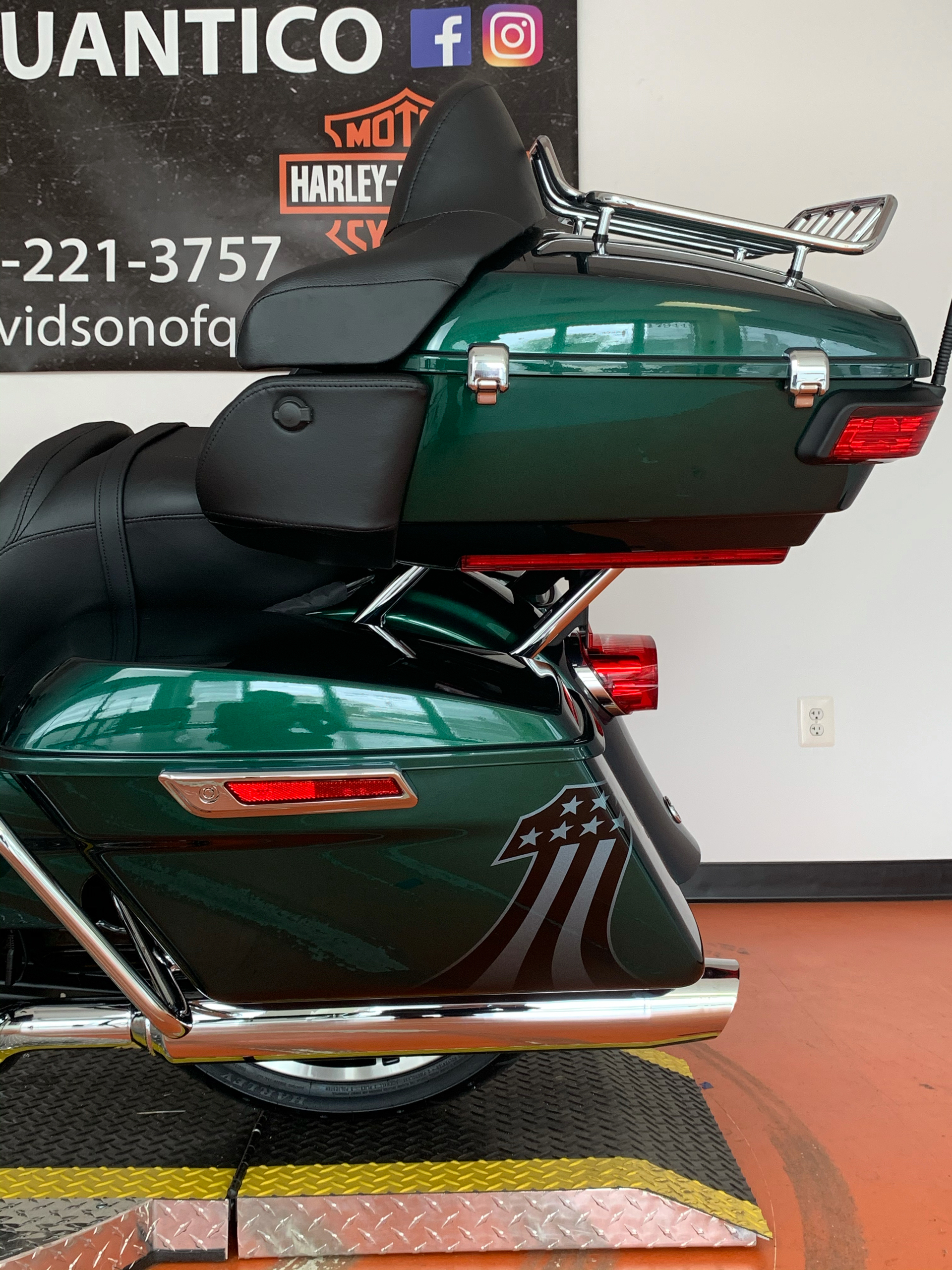2021 Harley-Davidson Road Glide® Limited in Dumfries, Virginia - Photo 17