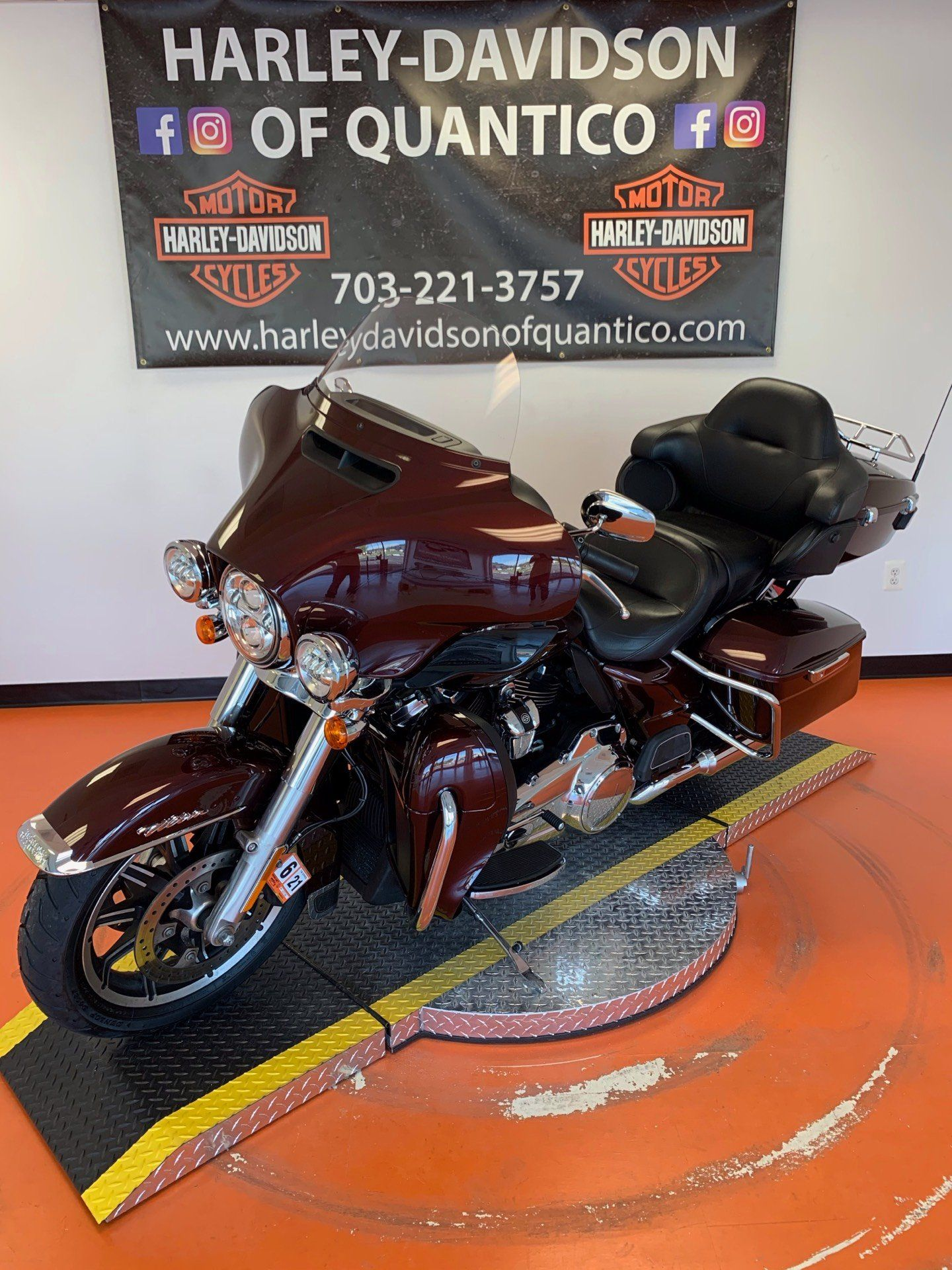 2019 Harley-Davidson Electra Glide® Ultra Classic® in Dumfries, Virginia - Photo 10