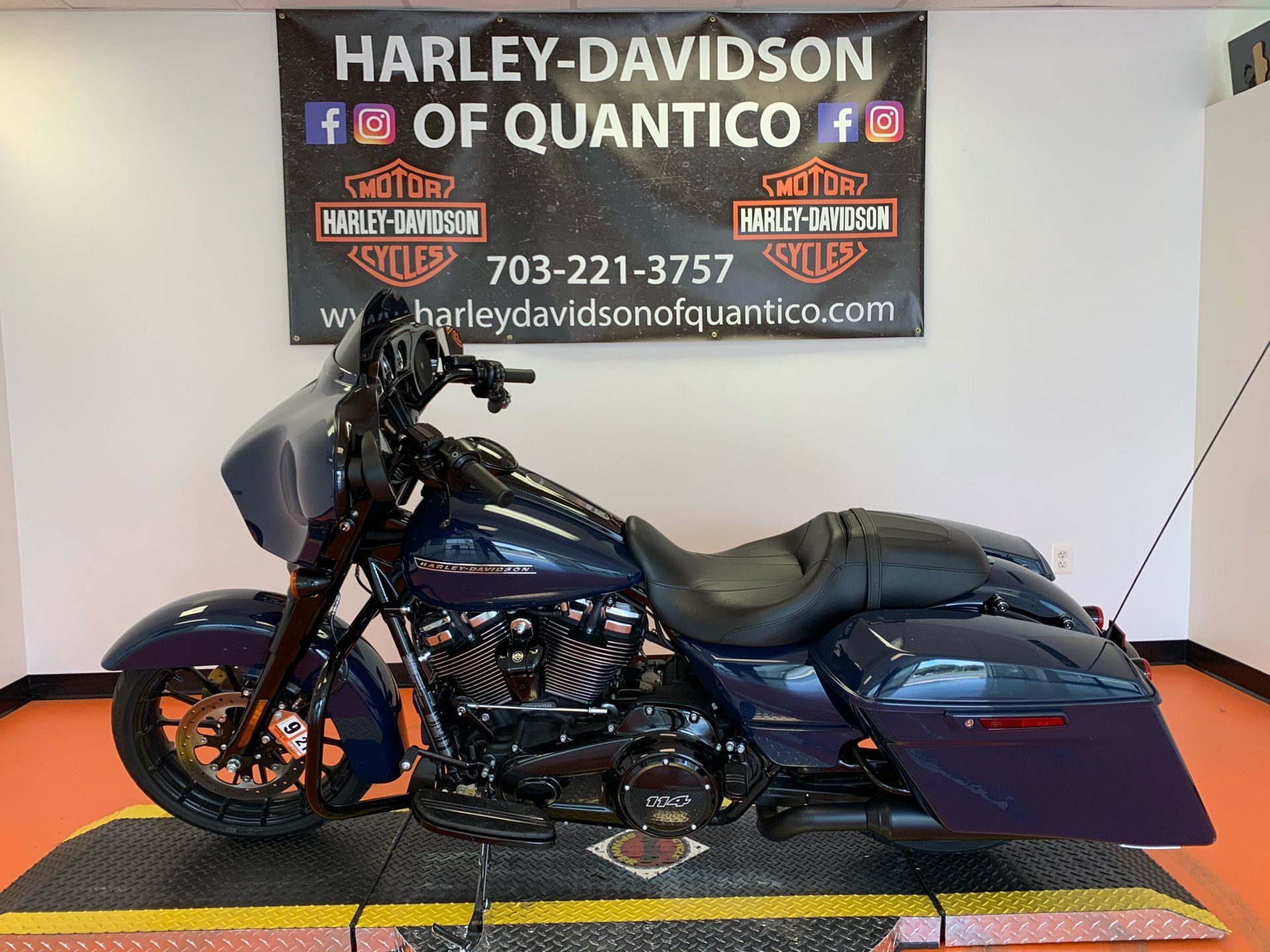 2019 Harley-Davidson Street Glide® Special in Dumfries, Virginia - Photo 9