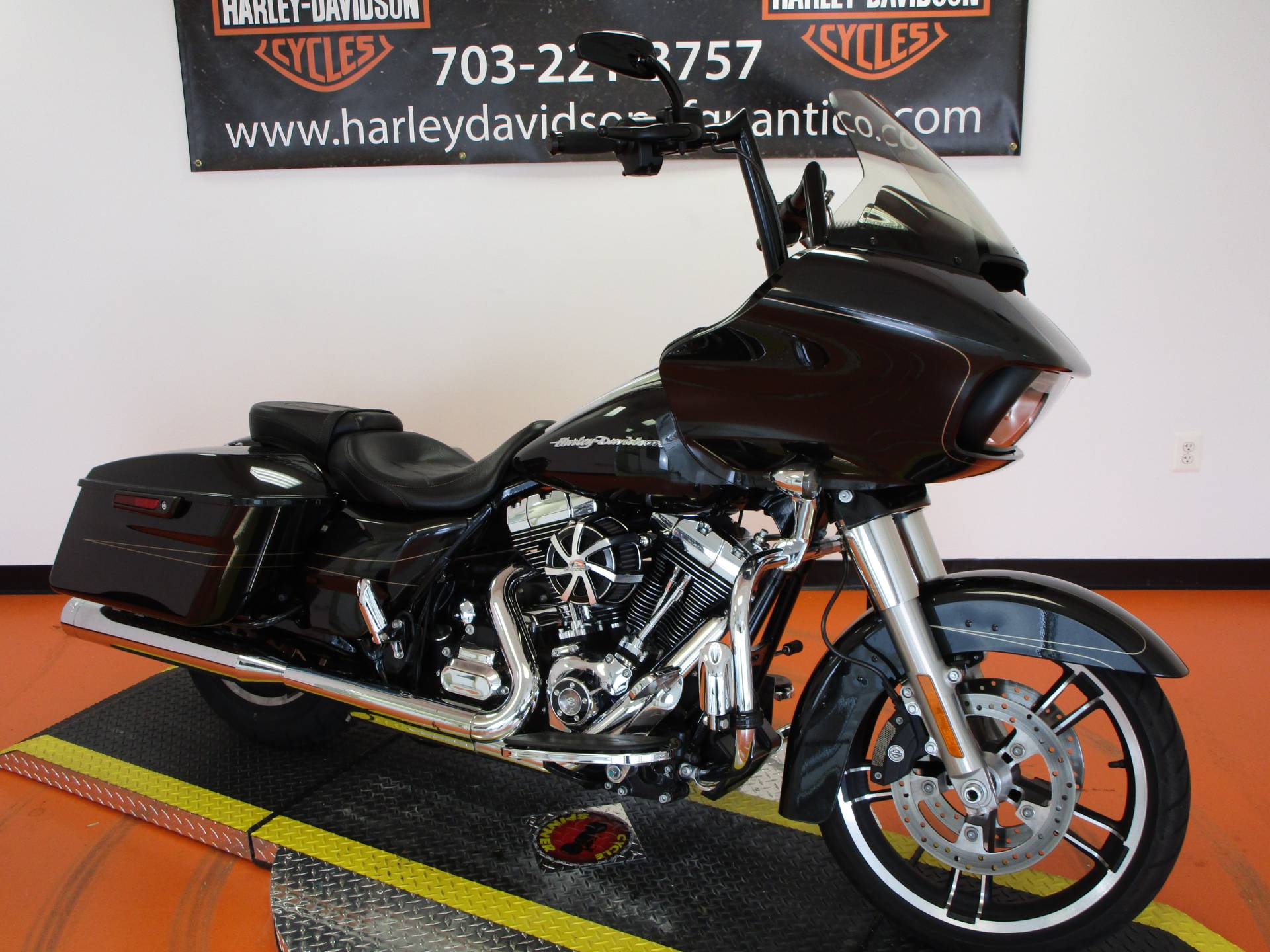 2016 Harley-Davidson Road Glide® Special in Dumfries, Virginia - Photo 5