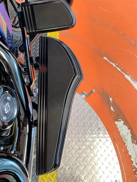 2019 Harley-Davidson CVO™ Road Glide® in Dumfries, Virginia - Photo 8