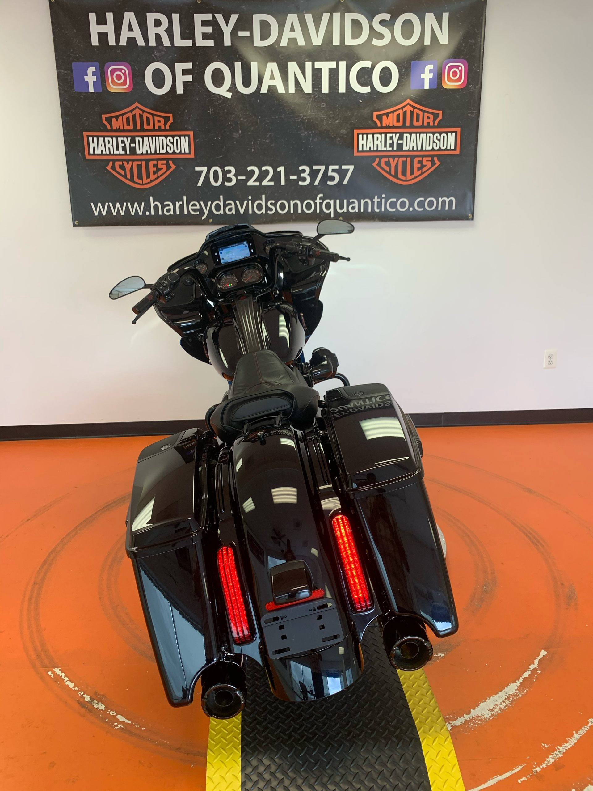 2019 Harley-Davidson CVO™ Road Glide® in Dumfries, Virginia - Photo 22