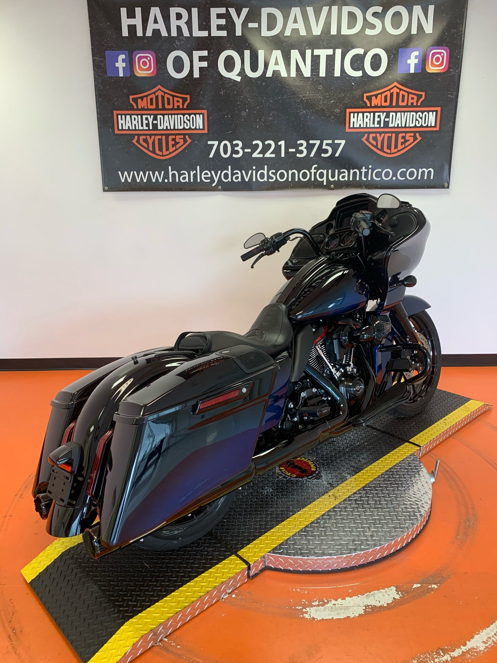 2019 Harley-Davidson CVO™ Road Glide® in Dumfries, Virginia - Photo 33