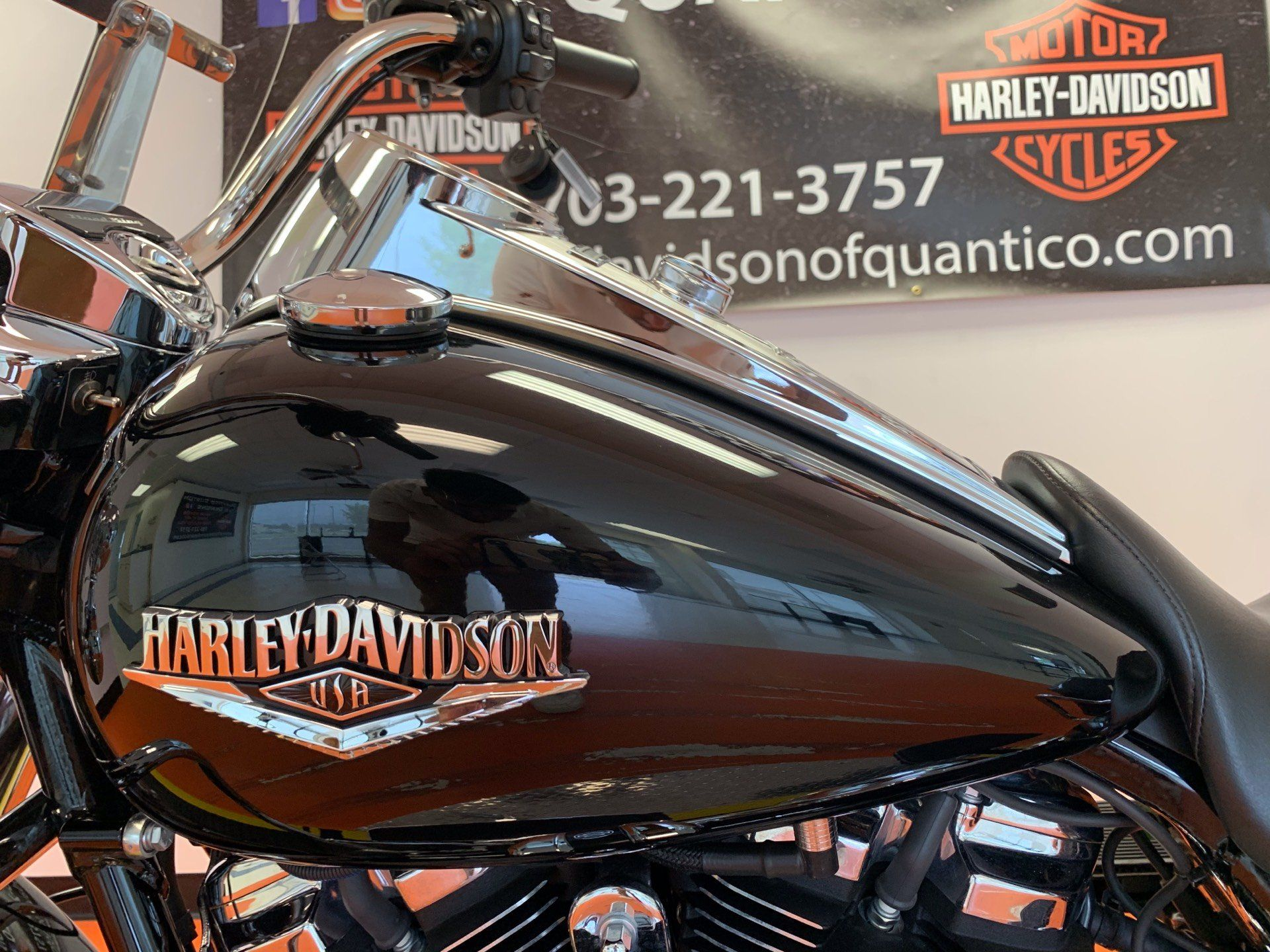 2019 Harley-Davidson Road King® in Dumfries, Virginia - Photo 10