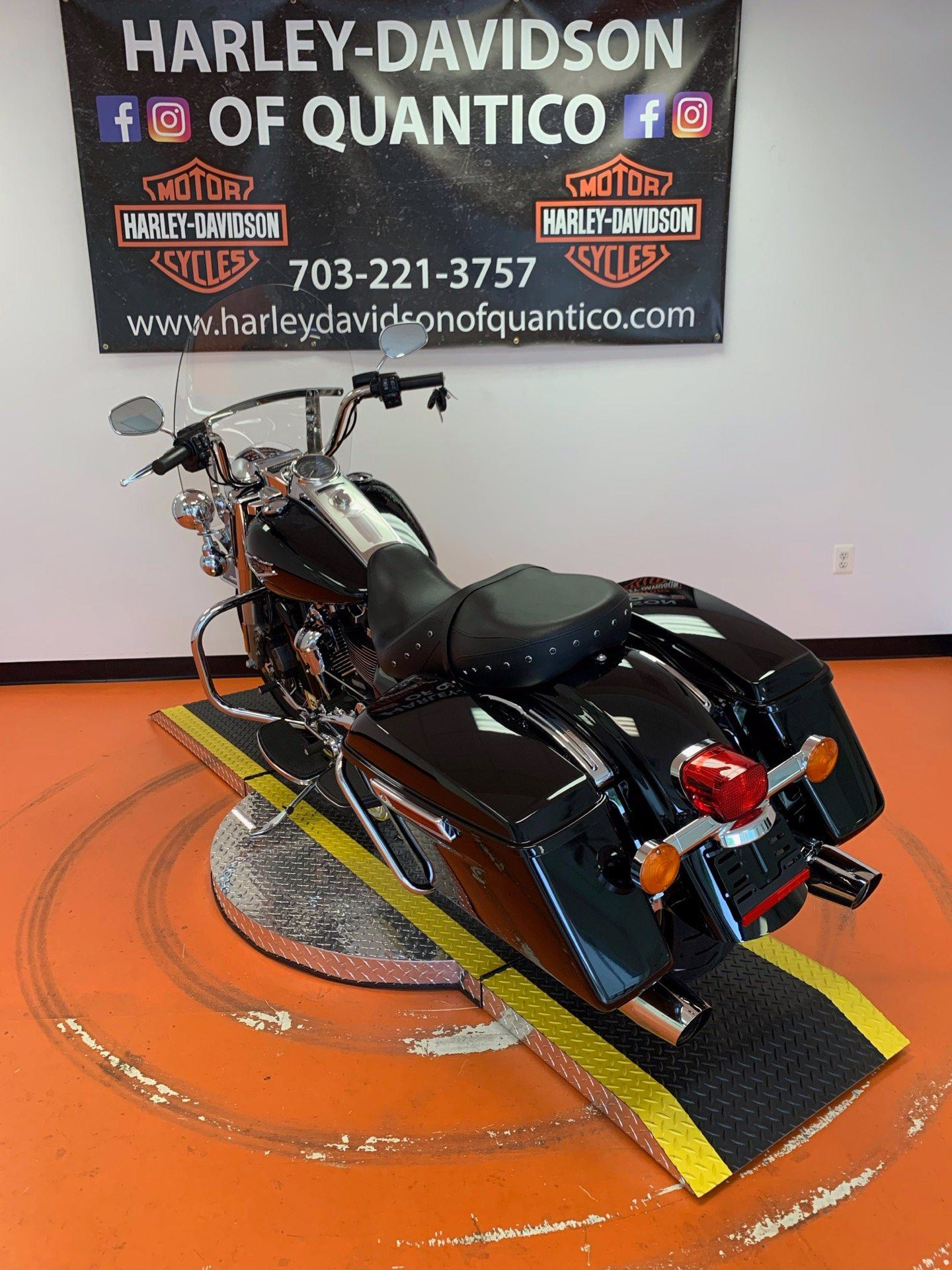 2019 Harley-Davidson Road King® in Dumfries, Virginia - Photo 14