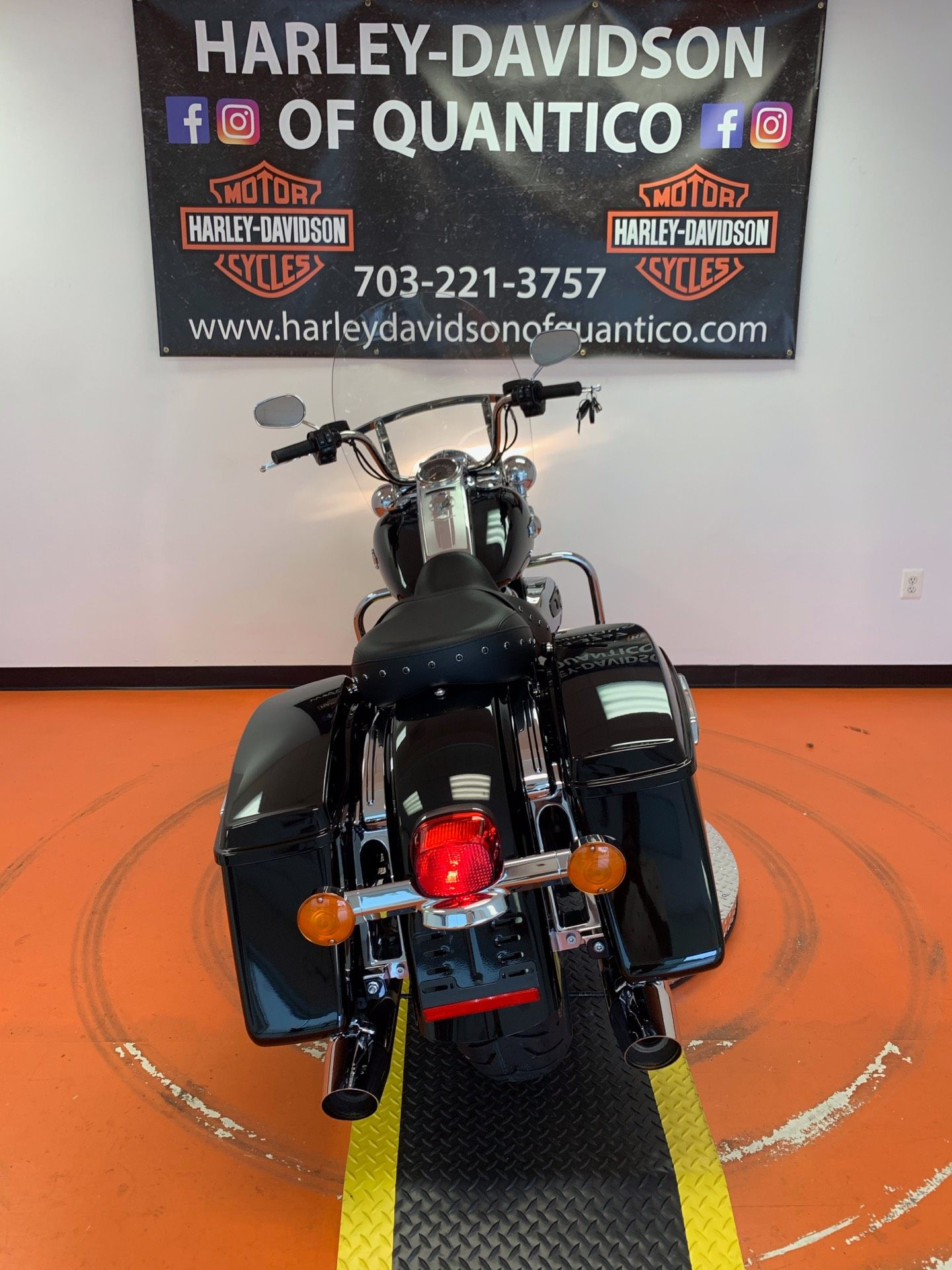 2019 Harley-Davidson Road King® in Dumfries, Virginia - Photo 15