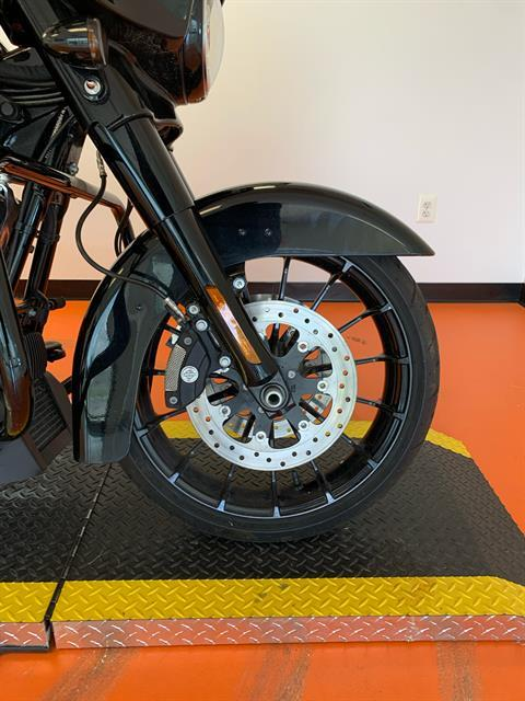 2019 Harley-Davidson Street Glide® Special in Dumfries, Virginia - Photo 4