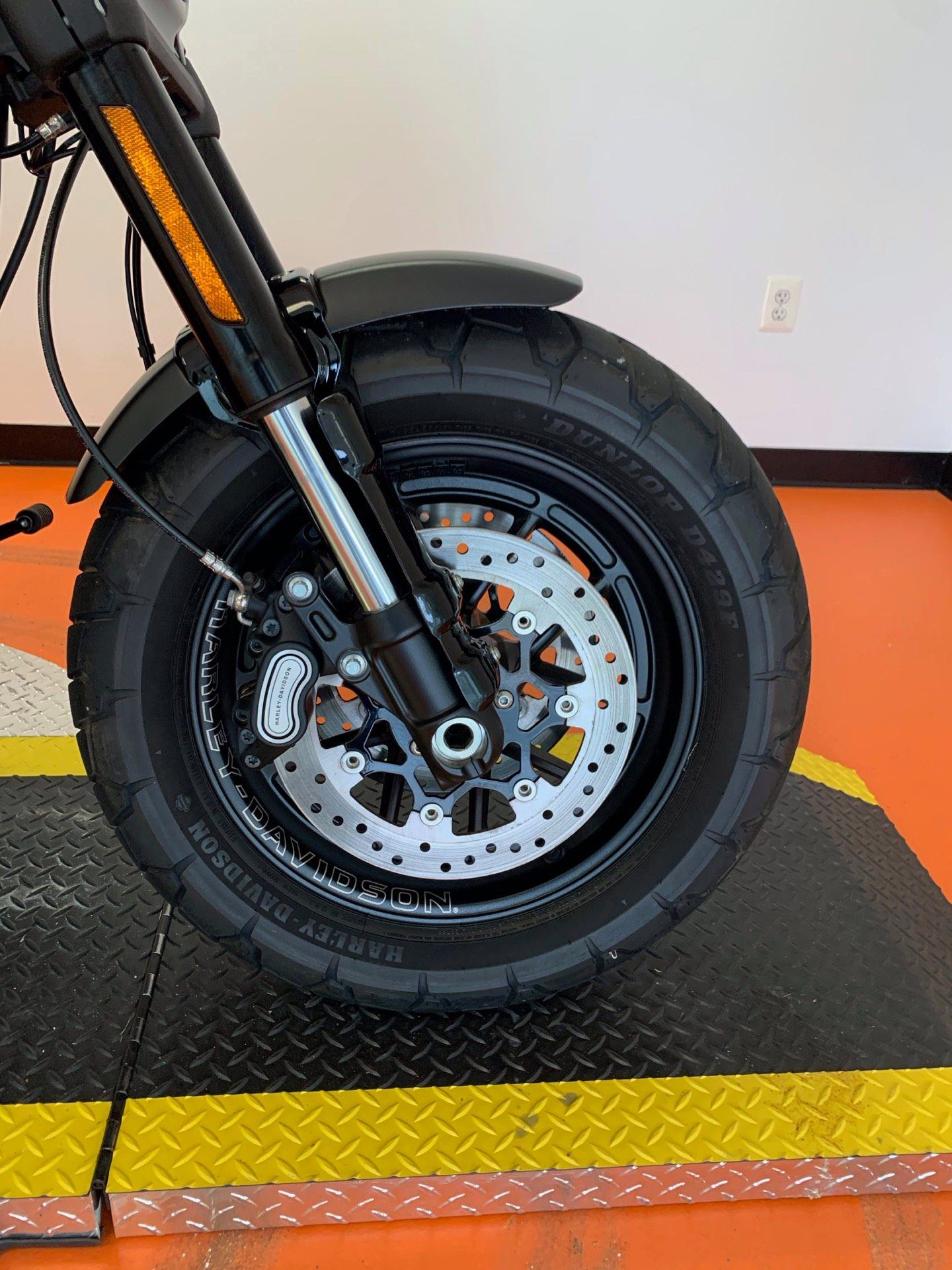 2018 Harley-Davidson Fat Bob® 114 in Dumfries, Virginia - Photo 2