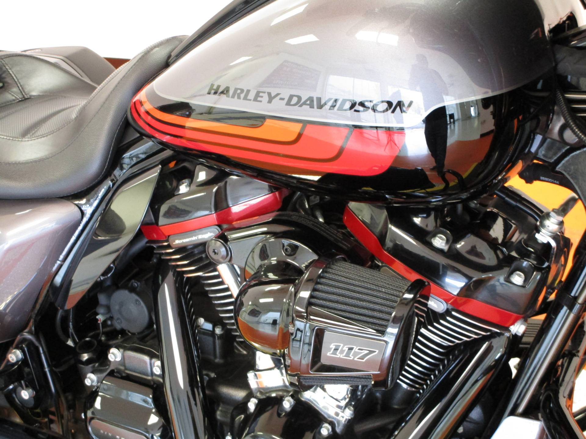 2020 Harley-Davidson CVO™ Street Glide® in Dumfries, Virginia - Photo 3