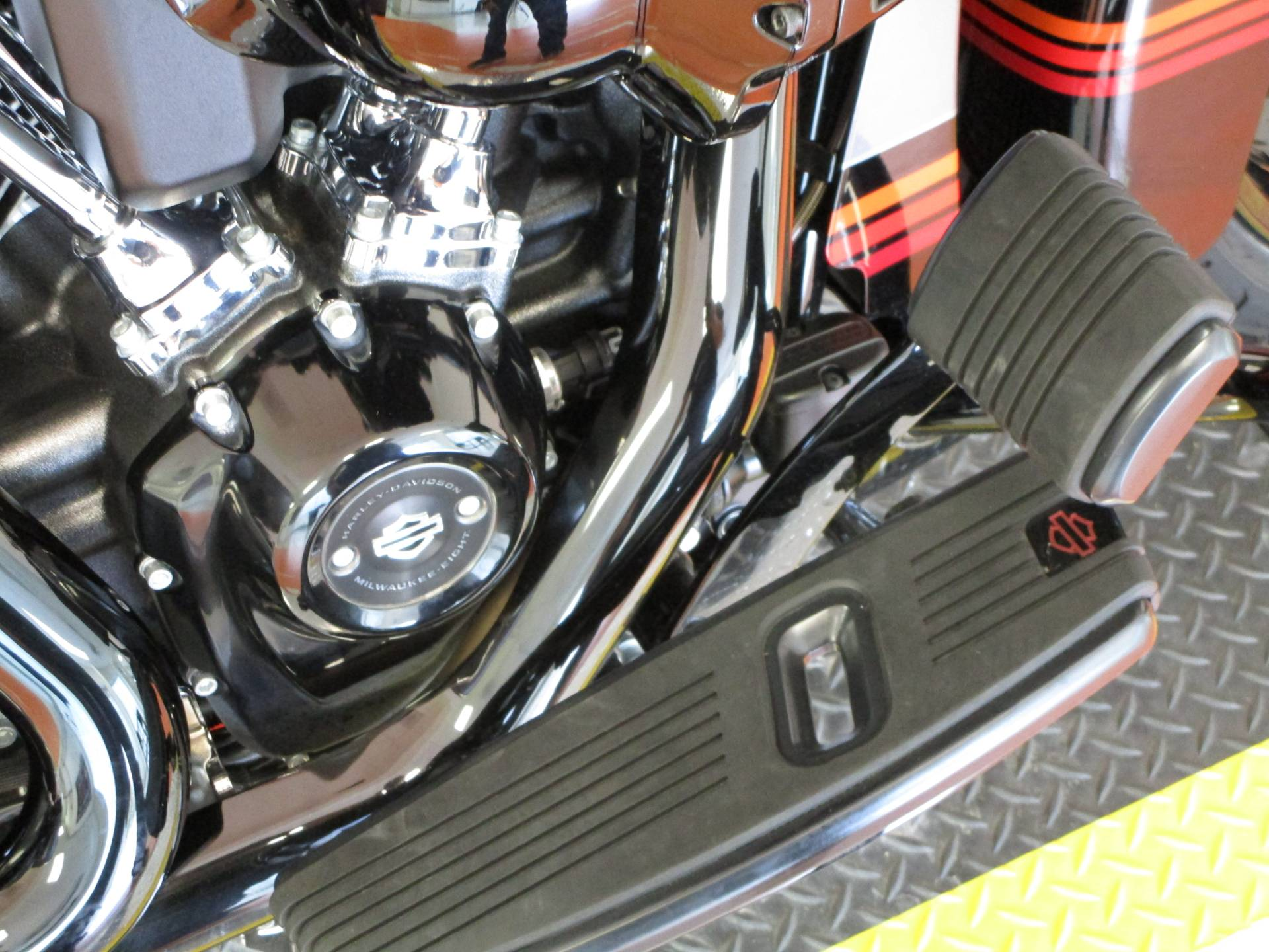 2020 Harley-Davidson CVO™ Street Glide® in Dumfries, Virginia - Photo 7
