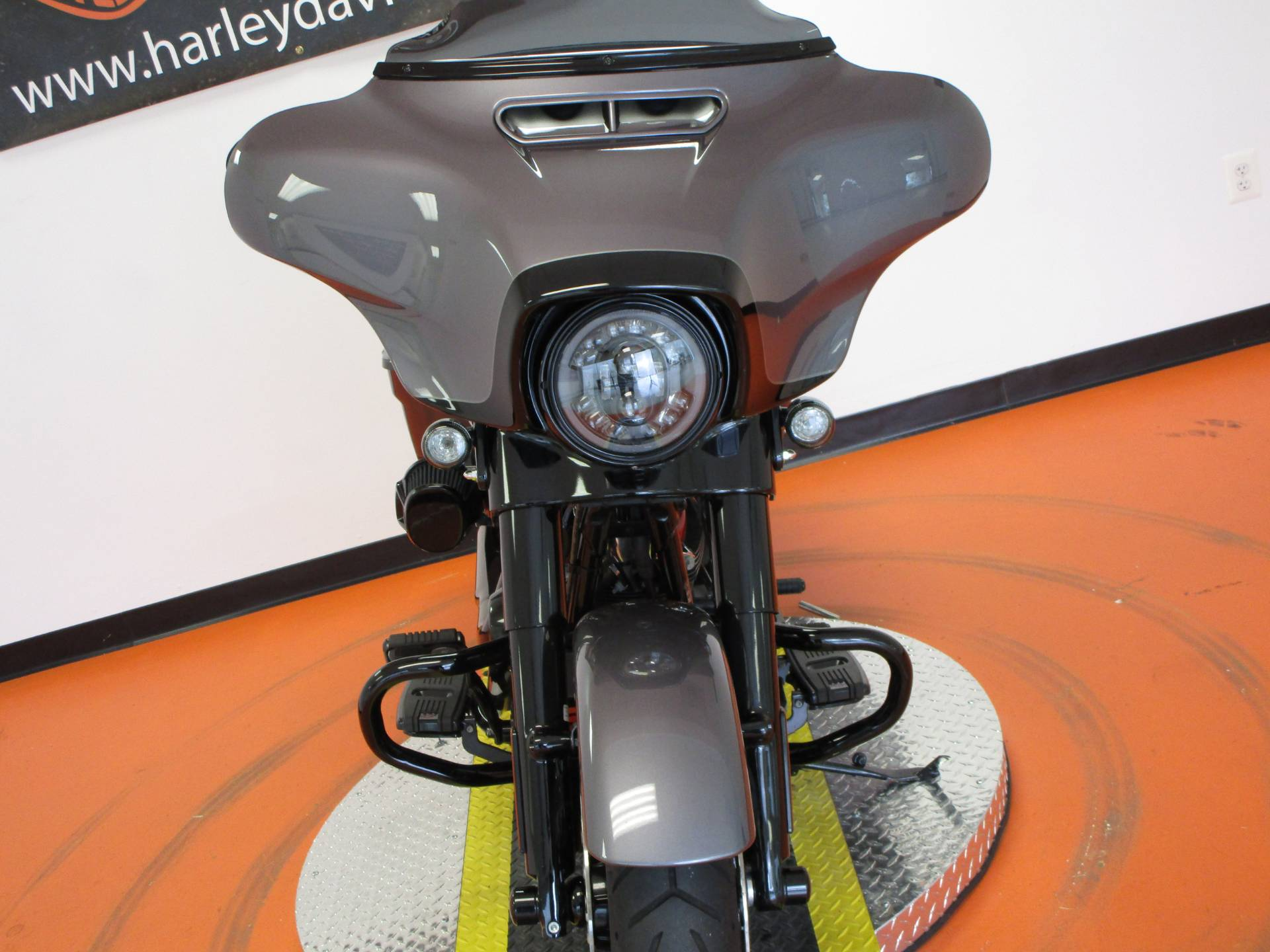 2020 Harley-Davidson CVO™ Street Glide® in Dumfries, Virginia - Photo 14