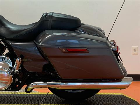 2016 Harley-Davidson Road Glide® in Dumfries, Virginia - Photo 14