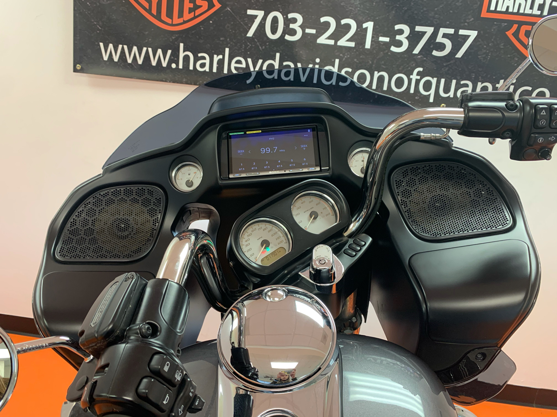 2016 Harley-Davidson Road Glide® in Dumfries, Virginia - Photo 19
