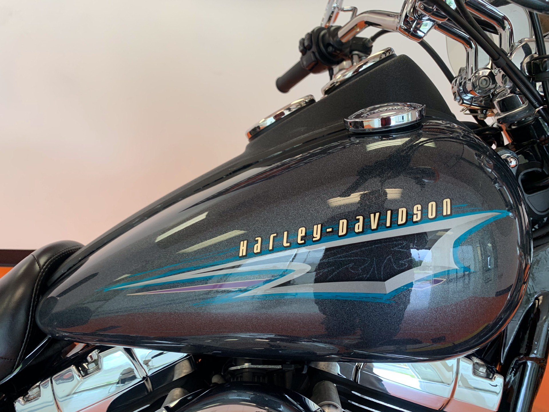 2015 Harley-Davidson Low Rider® in Dumfries, Virginia - Photo 2