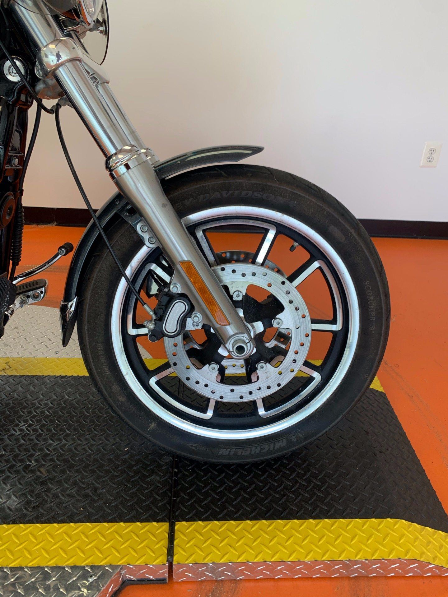 2015 Harley-Davidson Low Rider® in Dumfries, Virginia - Photo 4
