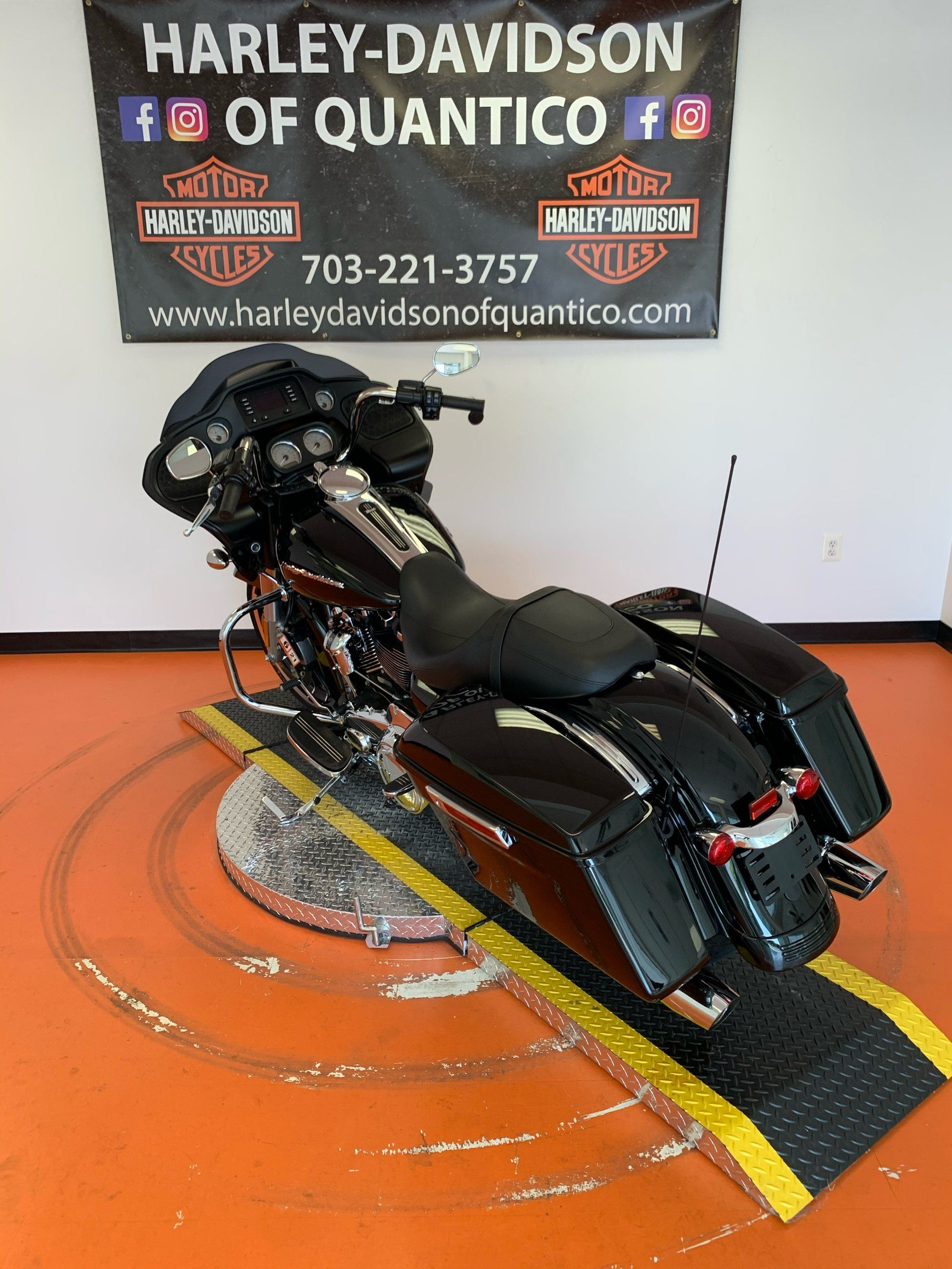 2020 Harley-Davidson Road Glide® in Dumfries, Virginia - Photo 16