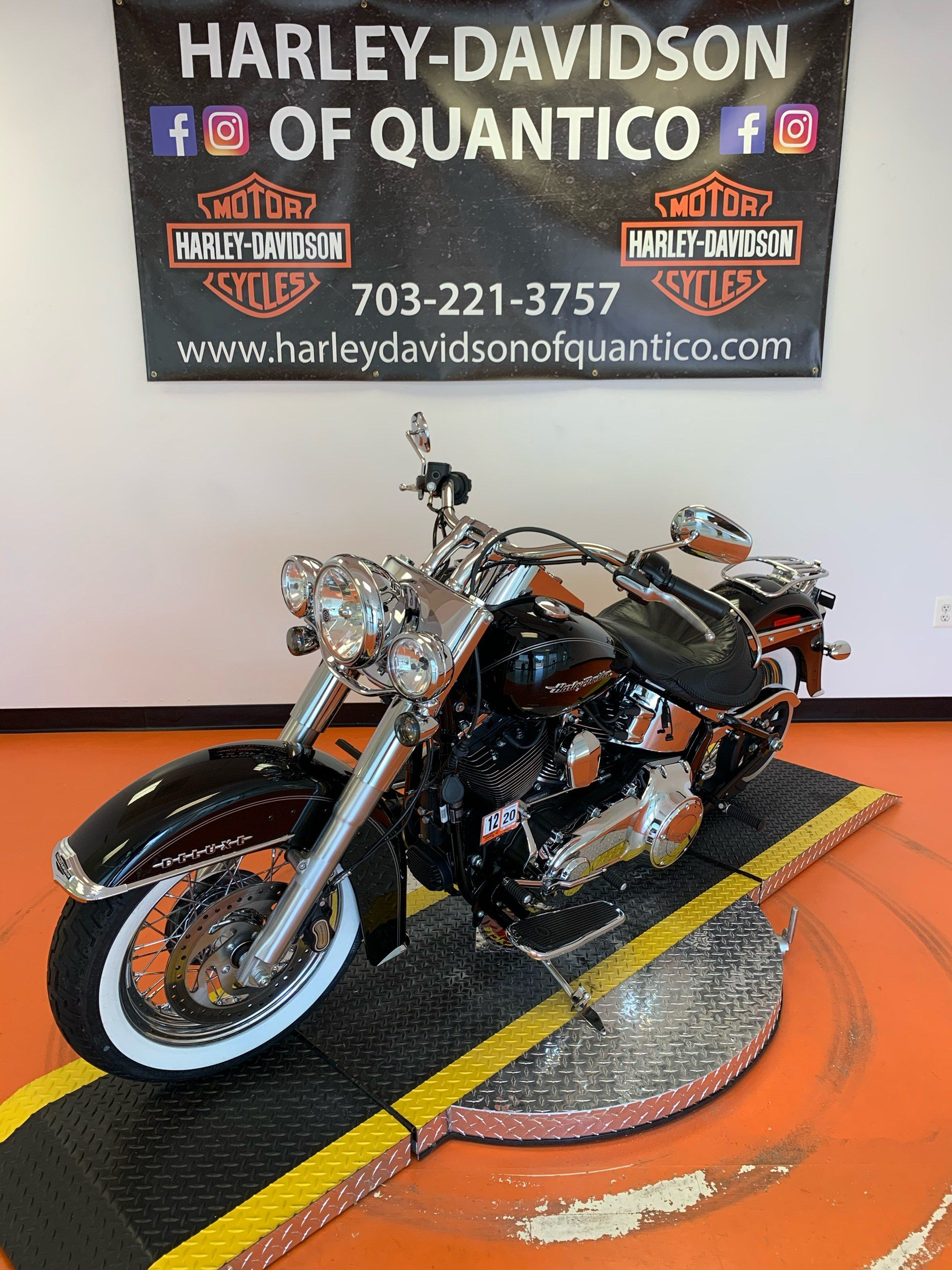 2017 Harley-Davidson Softail® Deluxe in Dumfries, Virginia - Photo 9