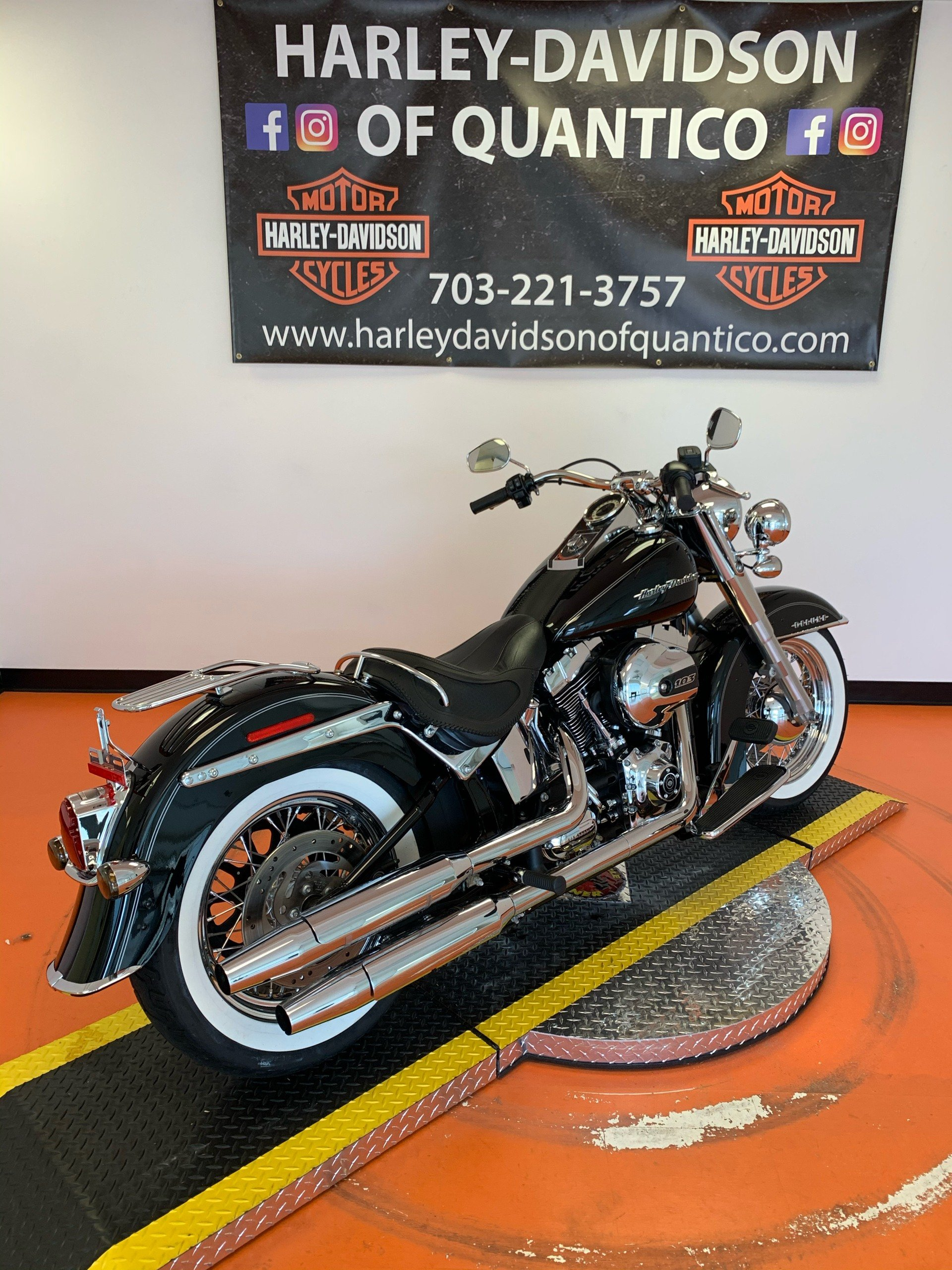 2017 Harley-Davidson Softail® Deluxe in Dumfries, Virginia - Photo 18