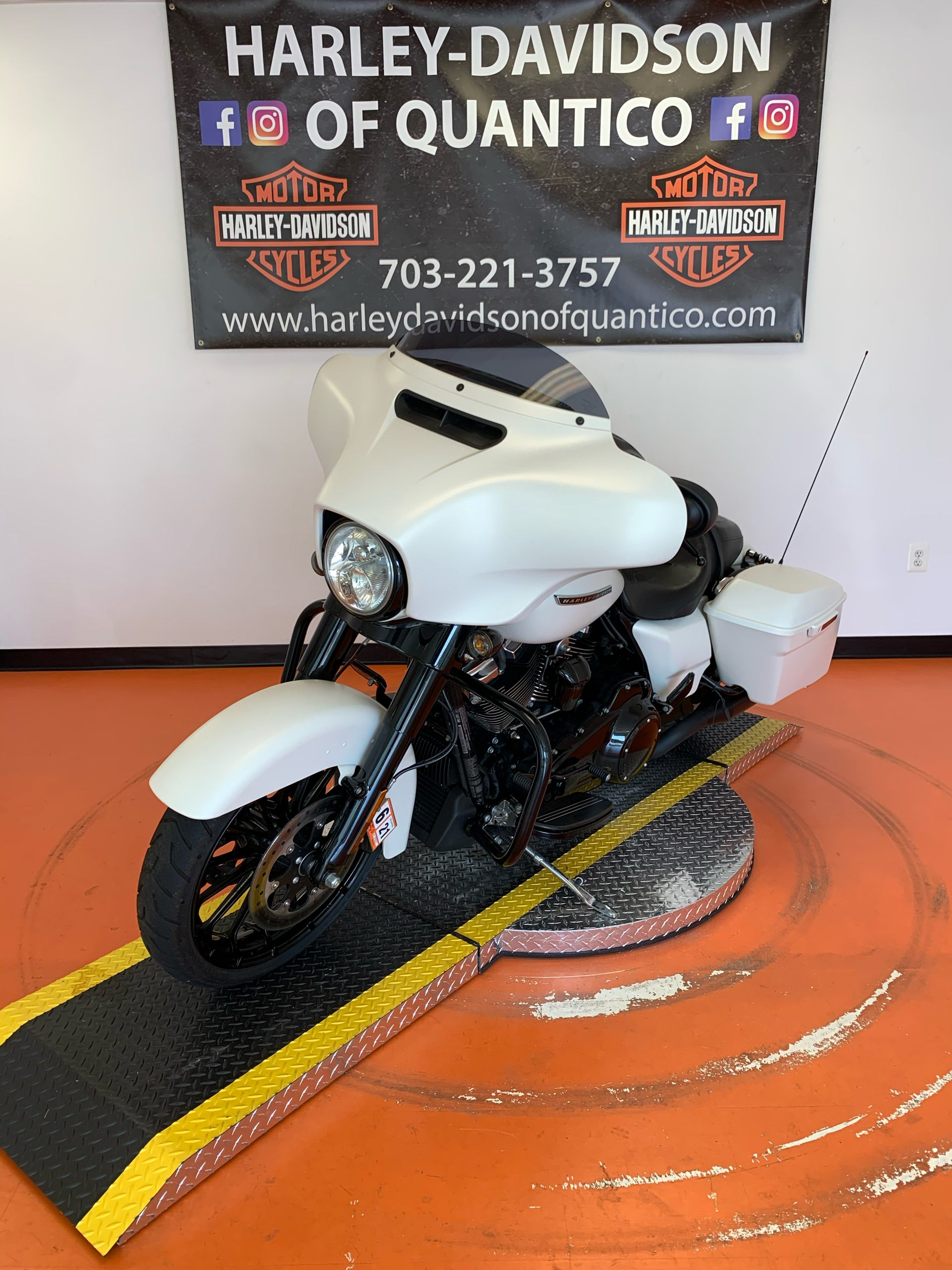 2018 Harley-Davidson Street Glide® Special in Dumfries, Virginia - Photo 11