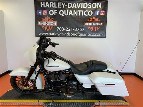 2018 Harley-Davidson Street Glide® Special in Dumfries, Virginia - Photo 12