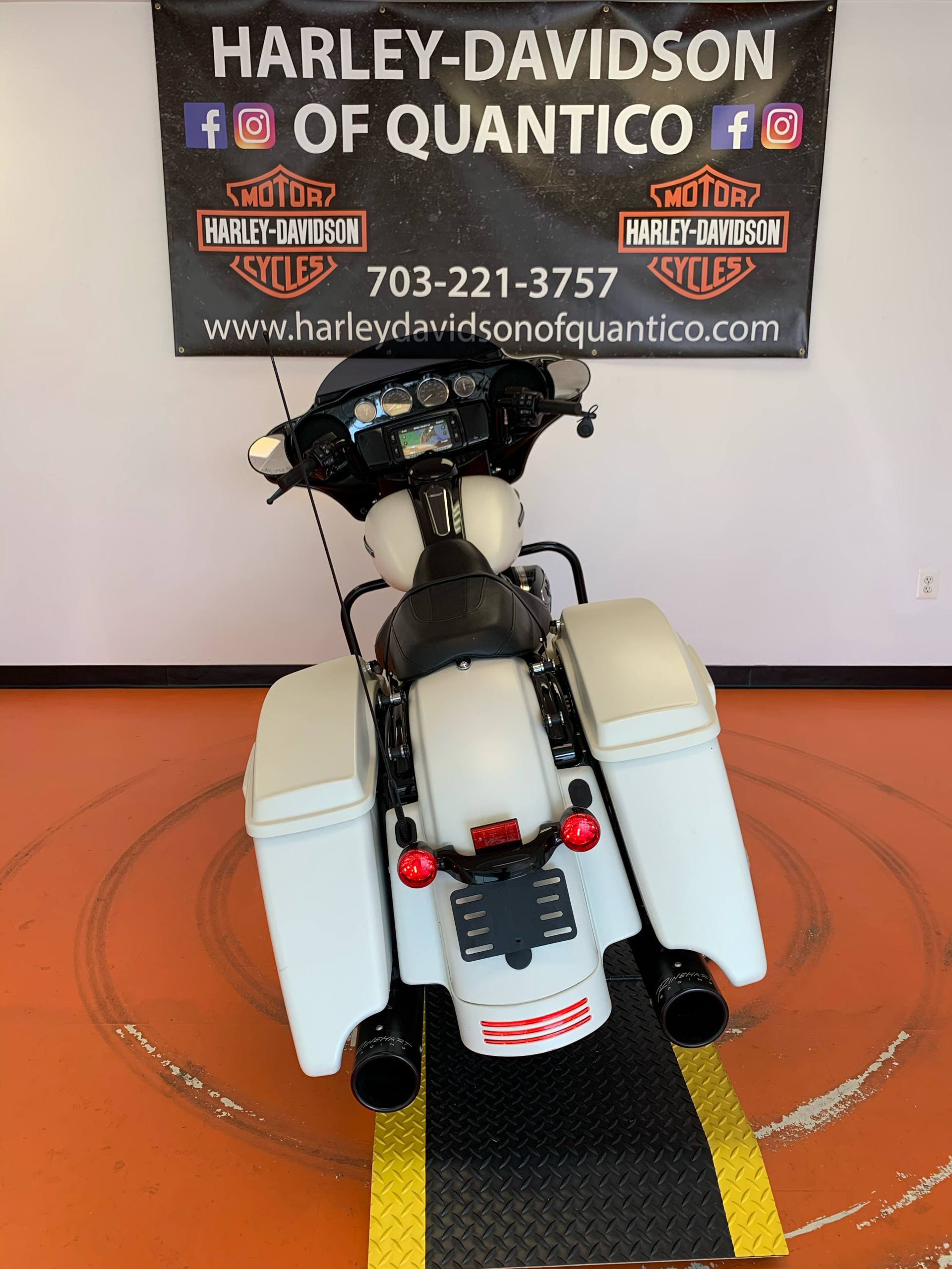 2018 Harley-Davidson Street Glide® Special in Dumfries, Virginia - Photo 18