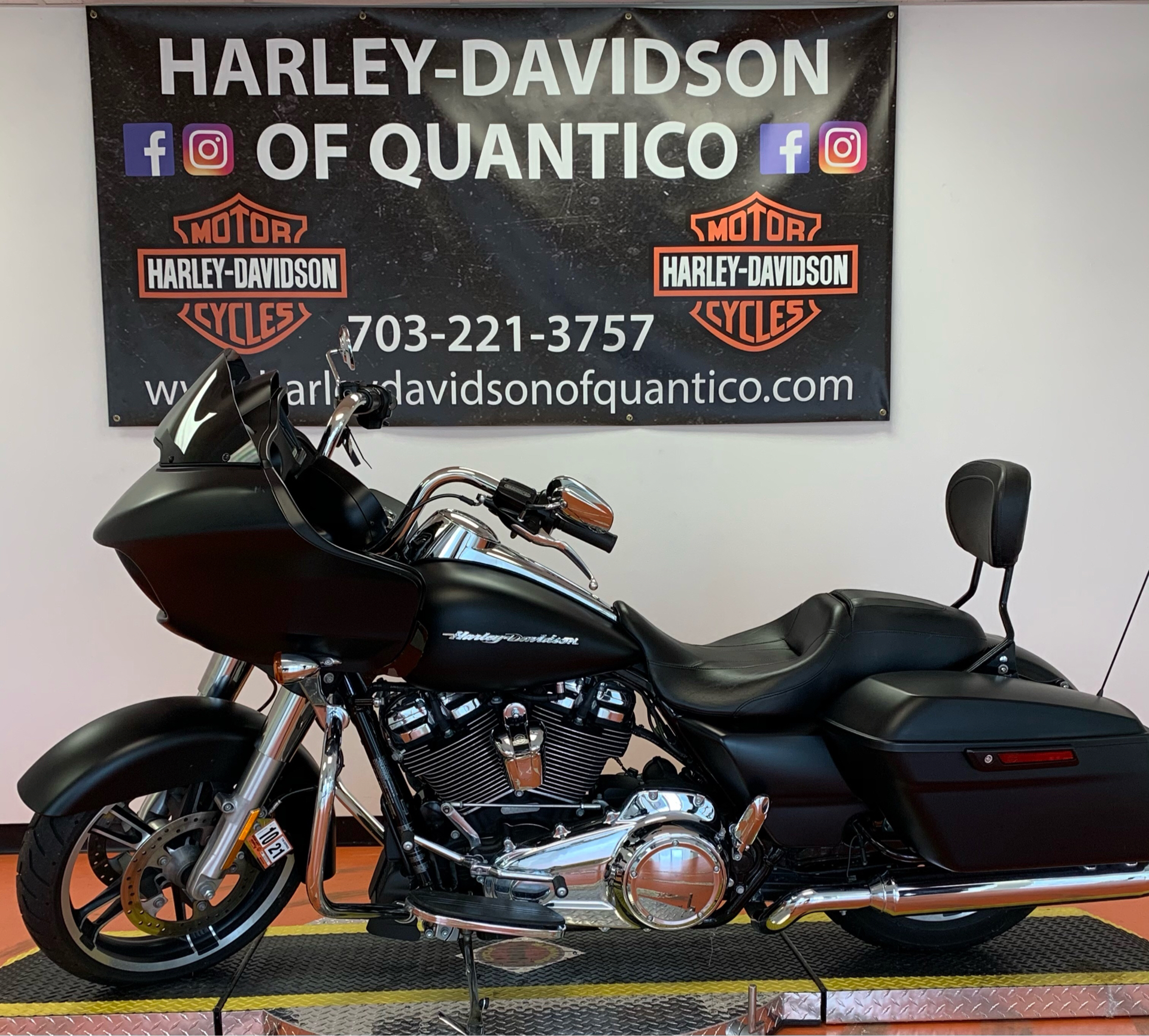 2017 Harley-Davidson Road Glide® Special in Dumfries, Virginia - Photo 9