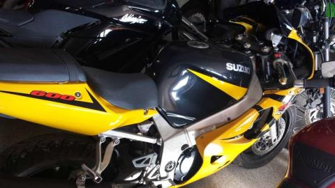 2003 Suzuki GSX-R600 in Ottawa, Kansas - Photo 3