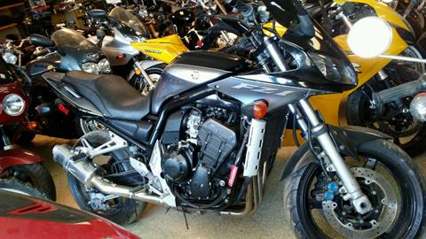 2005 Yamaha FZ1 in Ottawa, Kansas