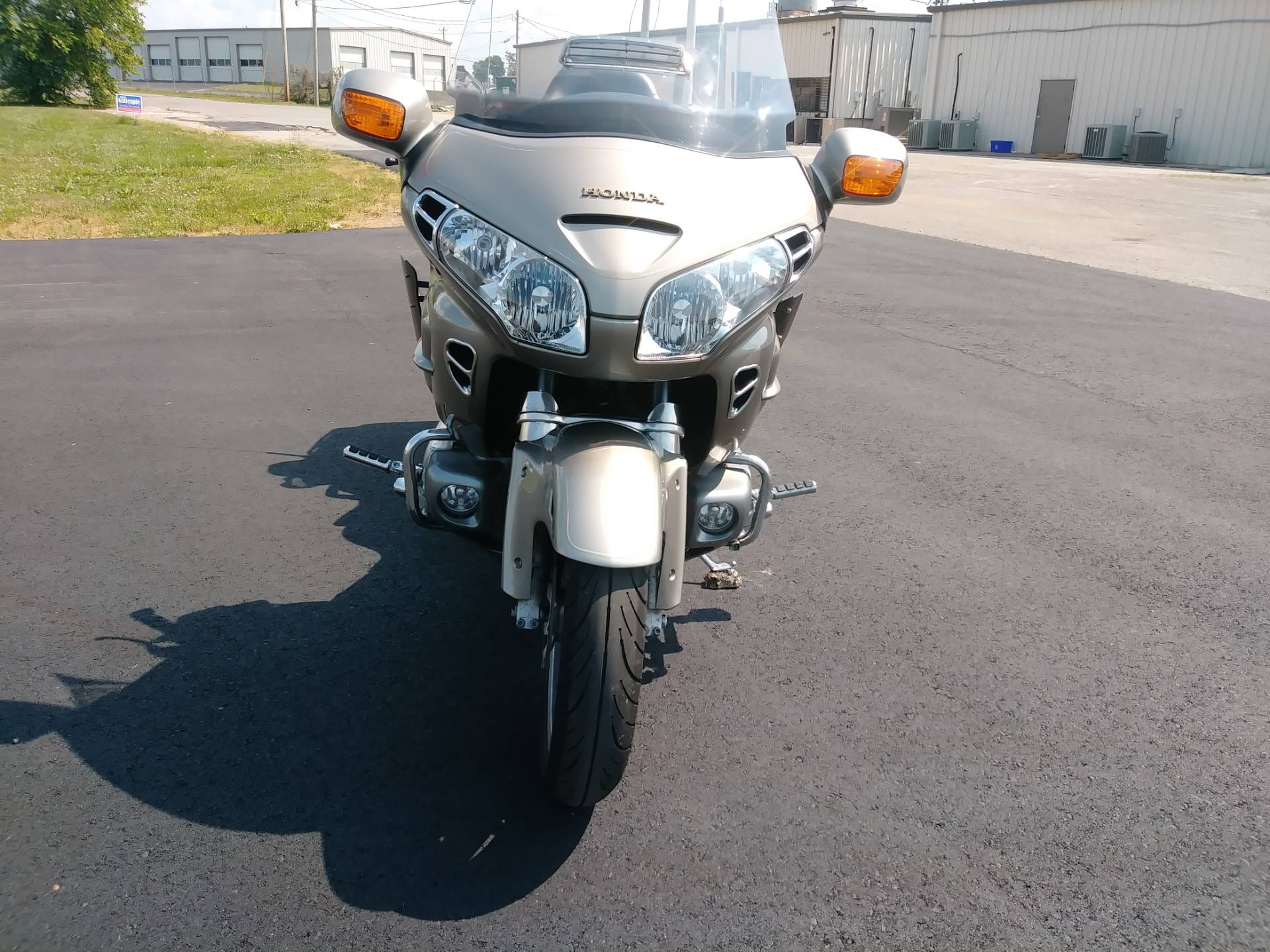 2003 Honda Gold Wing in Winchester, Tennessee - Photo 2