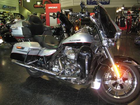 2015 Harley-Davidson Ultra Limited Low in Broken Arrow, Oklahoma - Photo 2