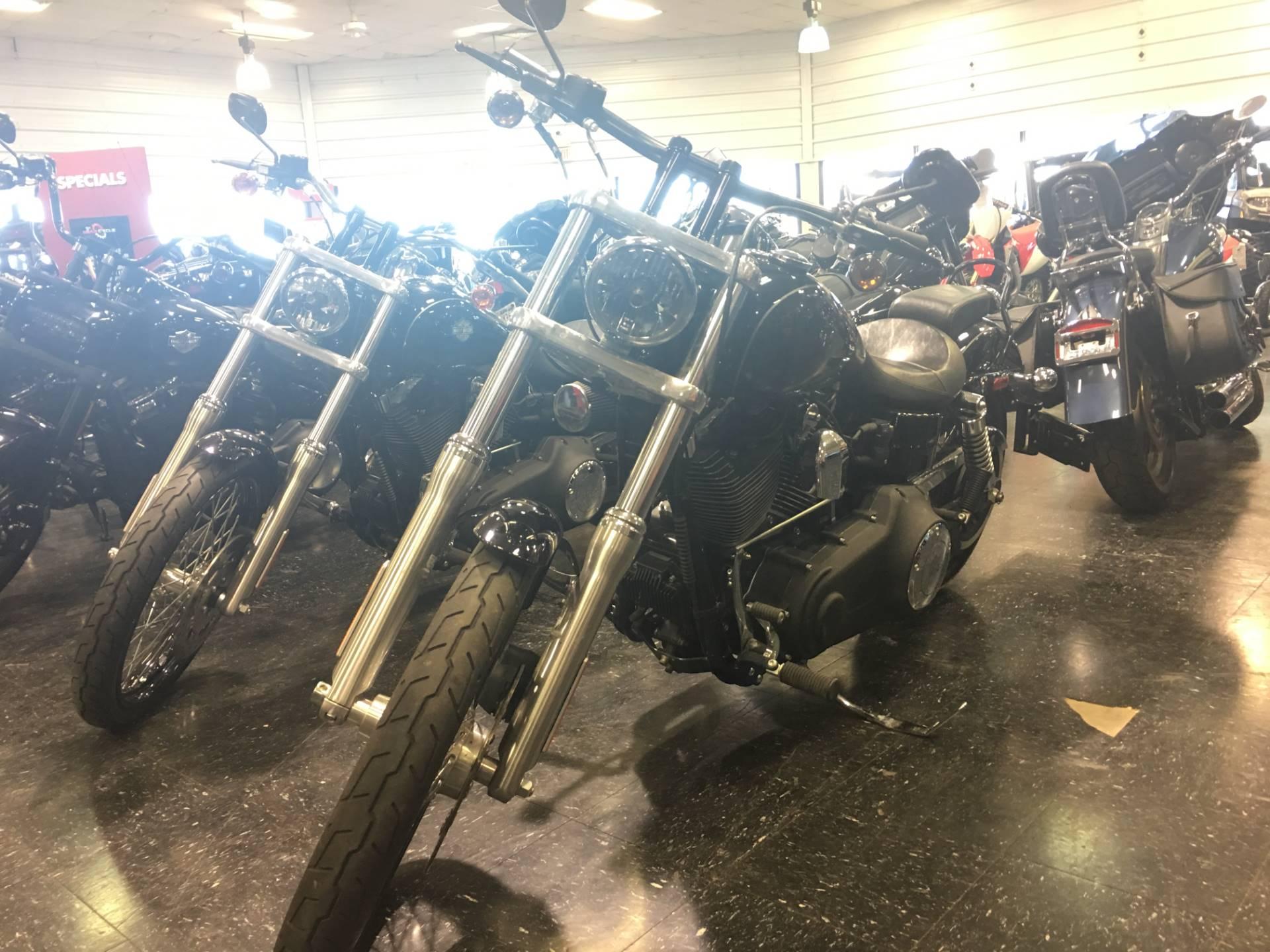 2012 Harley-Davidson Dyna Wide Glide 3
