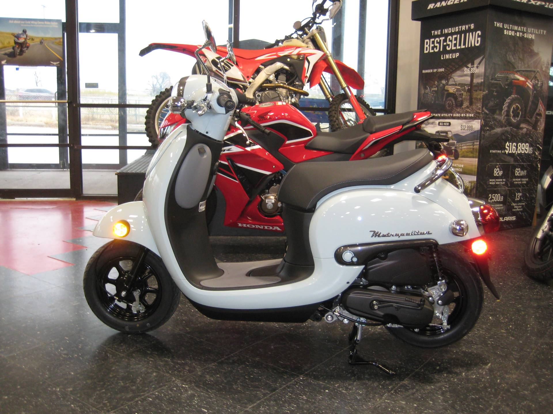 2020 Honda Metropolitan in Broken Arrow, Oklahoma - Photo 2