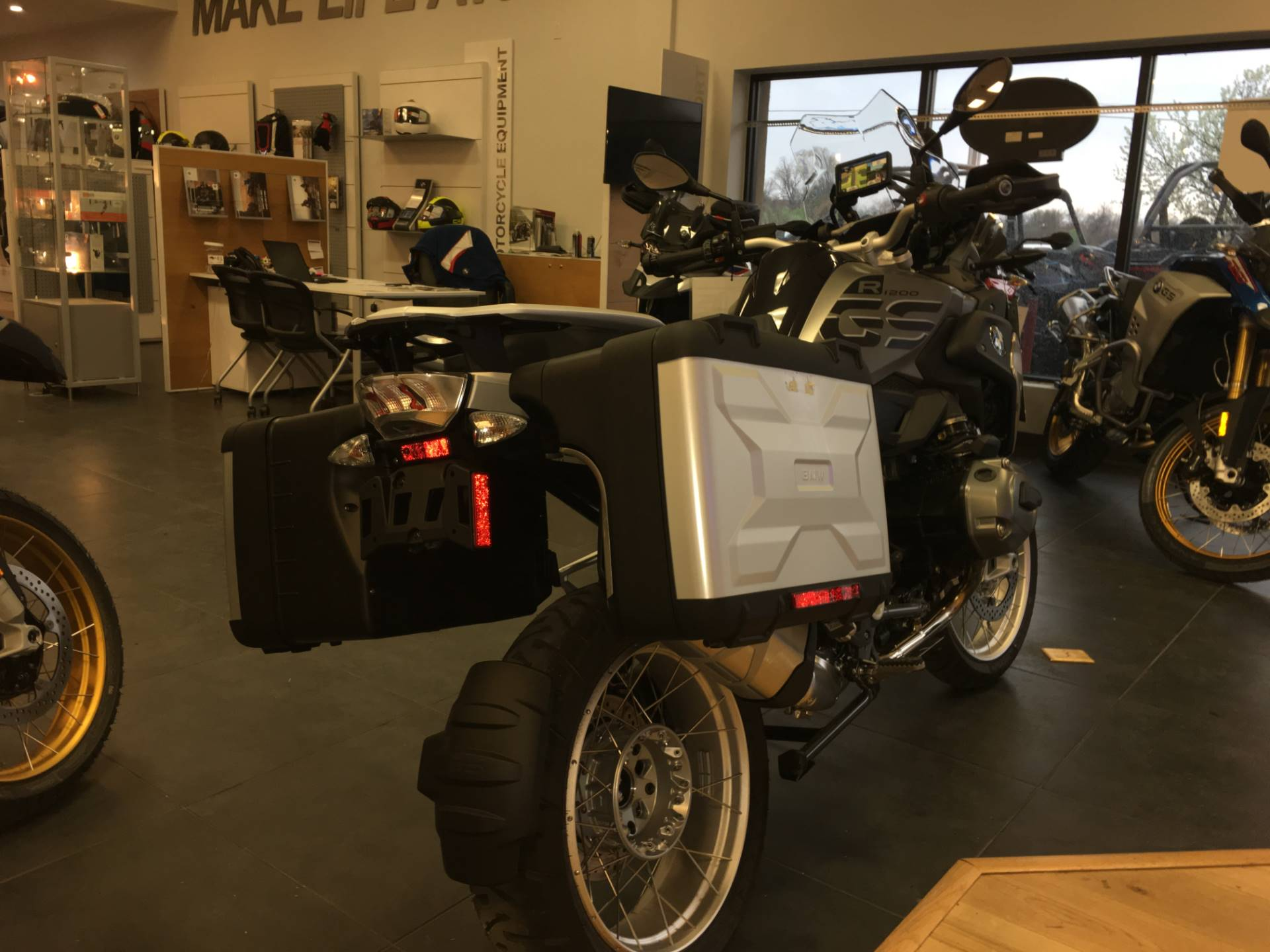 2018 BMW R 1200 GS in Broken Arrow, Oklahoma - Photo 4