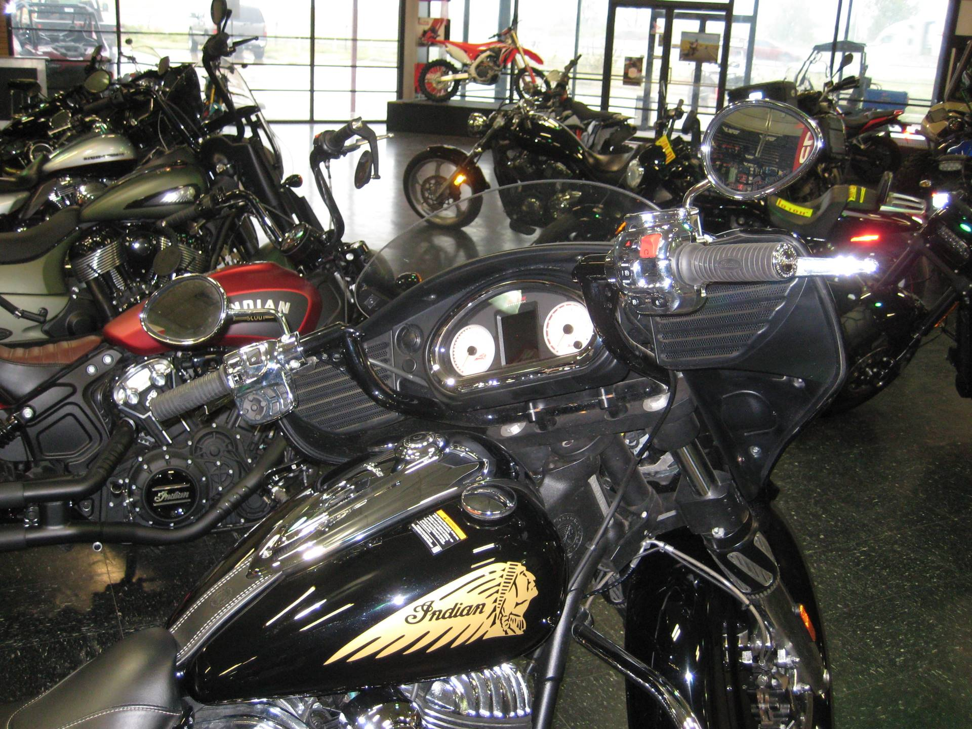 2016 Indian Chieftain® in Broken Arrow, Oklahoma - Photo 3