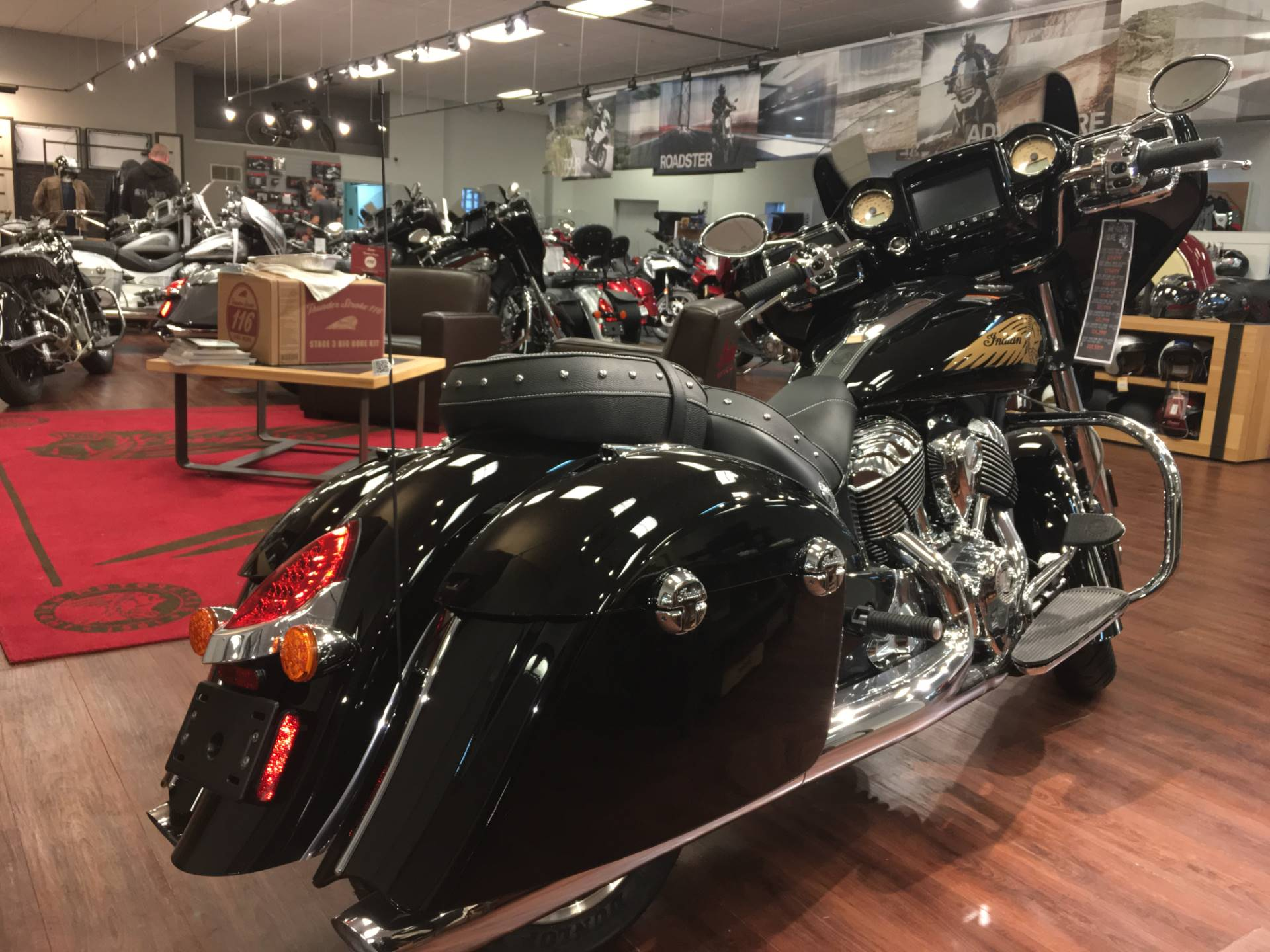 2019 Indian Chieftain® Limited ABS in Broken Arrow, Oklahoma - Photo 3