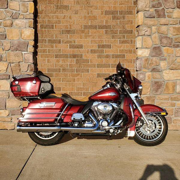 2010 Harley-Davidson Ultra Classic® Electra Glide® in Erie, Pennsylvania - Photo 3