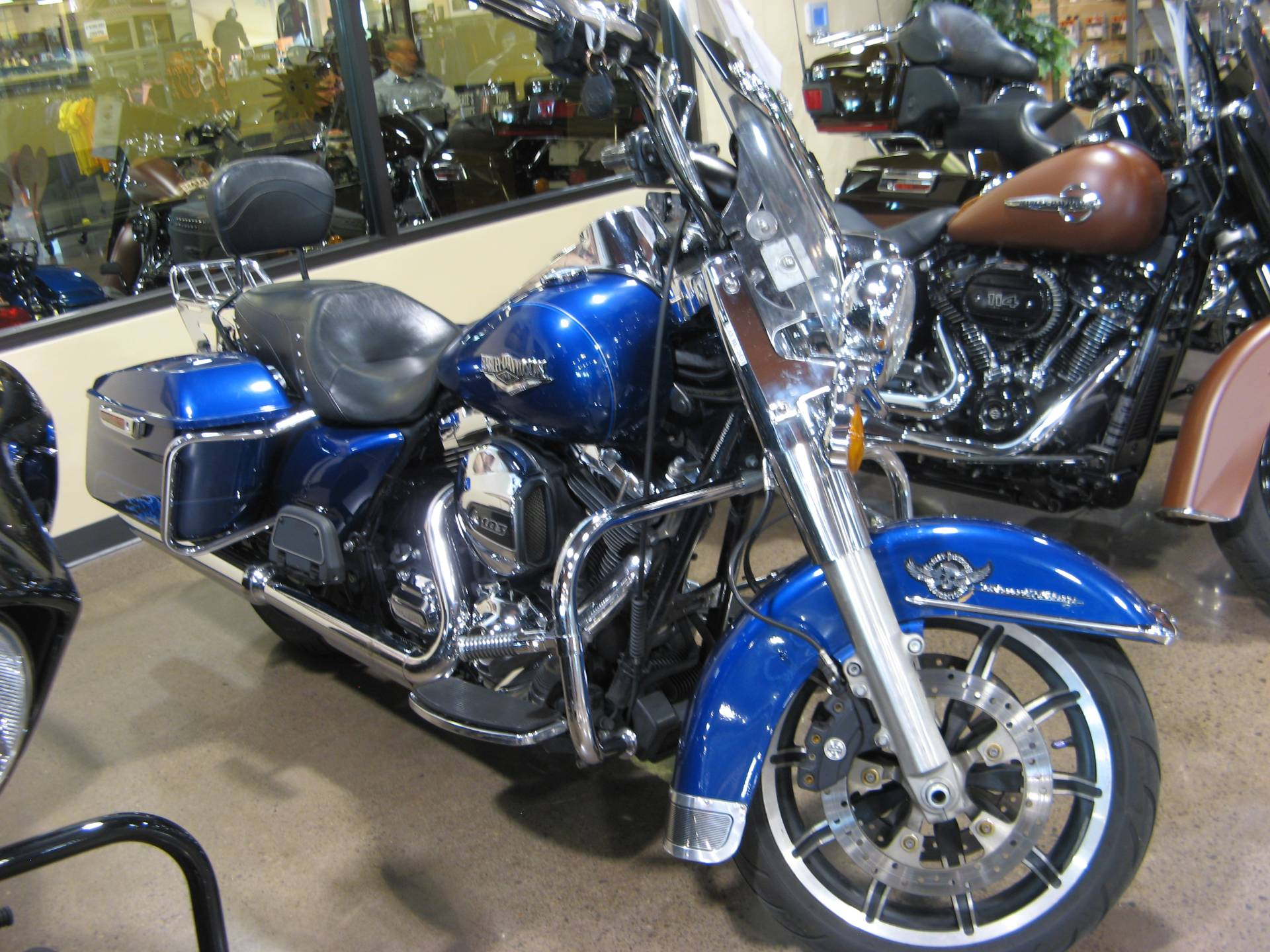 2015 Harley-Davidson Road King® in Erie, Pennsylvania - Photo 2