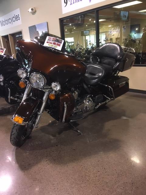 2011 Harley-Davidson Electra Glide® Ultra Limited in Erie, Pennsylvania - Photo 2