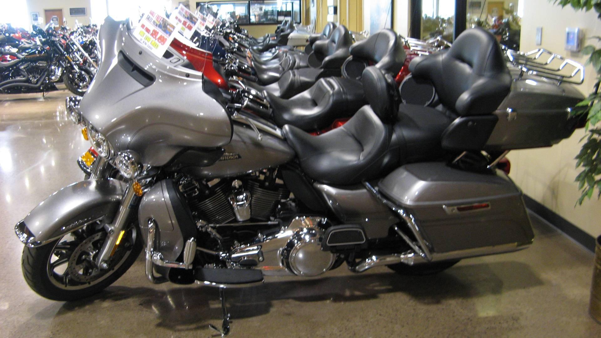 2017 Harley Davidson Electra Glide Ultra Clic In Erie Pennsylvania