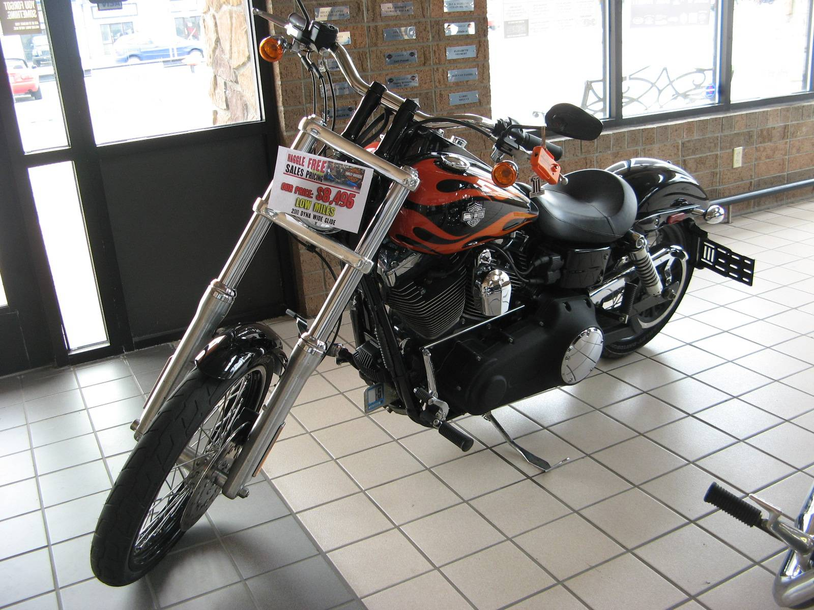 2010 Harley-Davidson Dyna® Wide Glide® in Erie, Pennsylvania - Photo 2