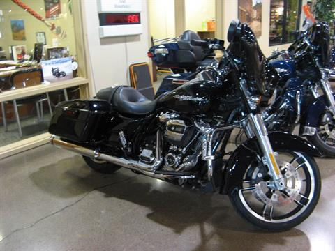 2017 Harley-Davidson Street Glide® Special in Erie, Pennsylvania - Photo 3