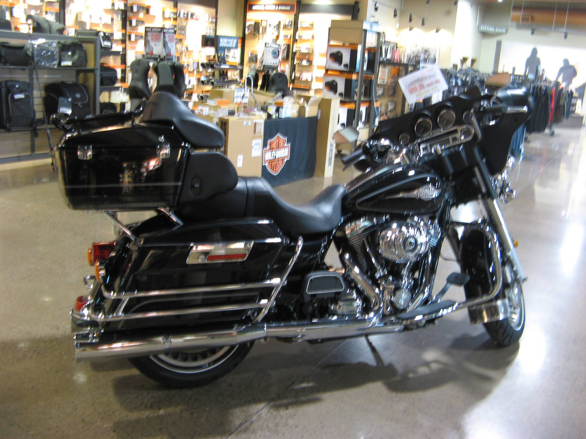 2011 Harley-Davidson Electra Glide® Classic in Erie, Pennsylvania - Photo 3