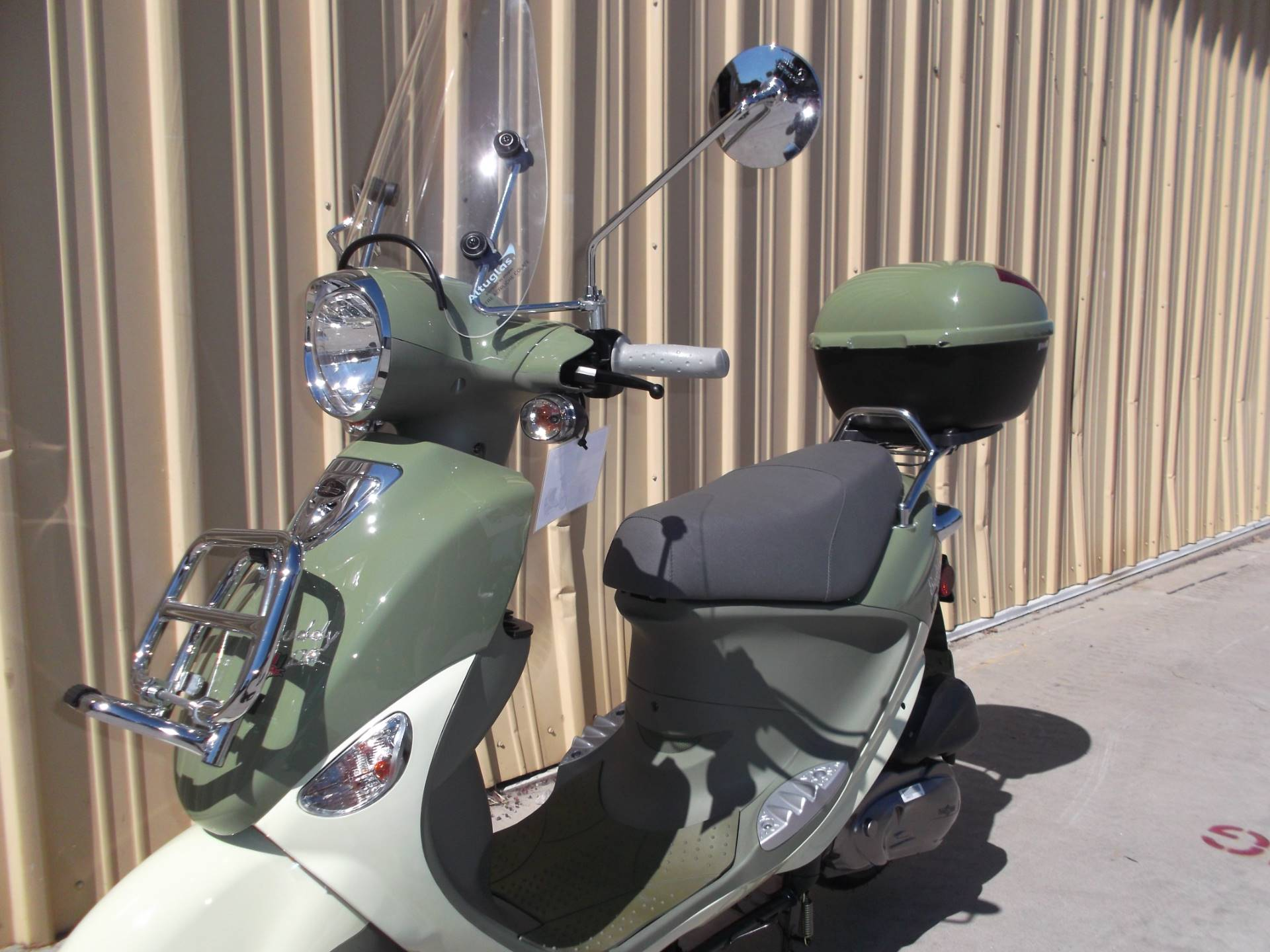 2018 Genuine Scooters Buddy 170i in Paso Robles, California - Photo 2